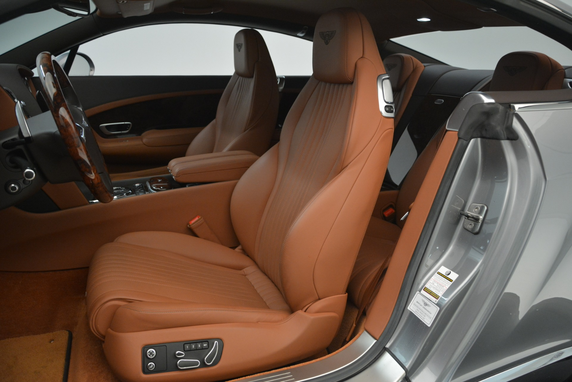 Used 2016 Bentley Continental GT W12 For Sale In Greenwich, CT. Alfa Romeo of Greenwich, 7428 2757_p19