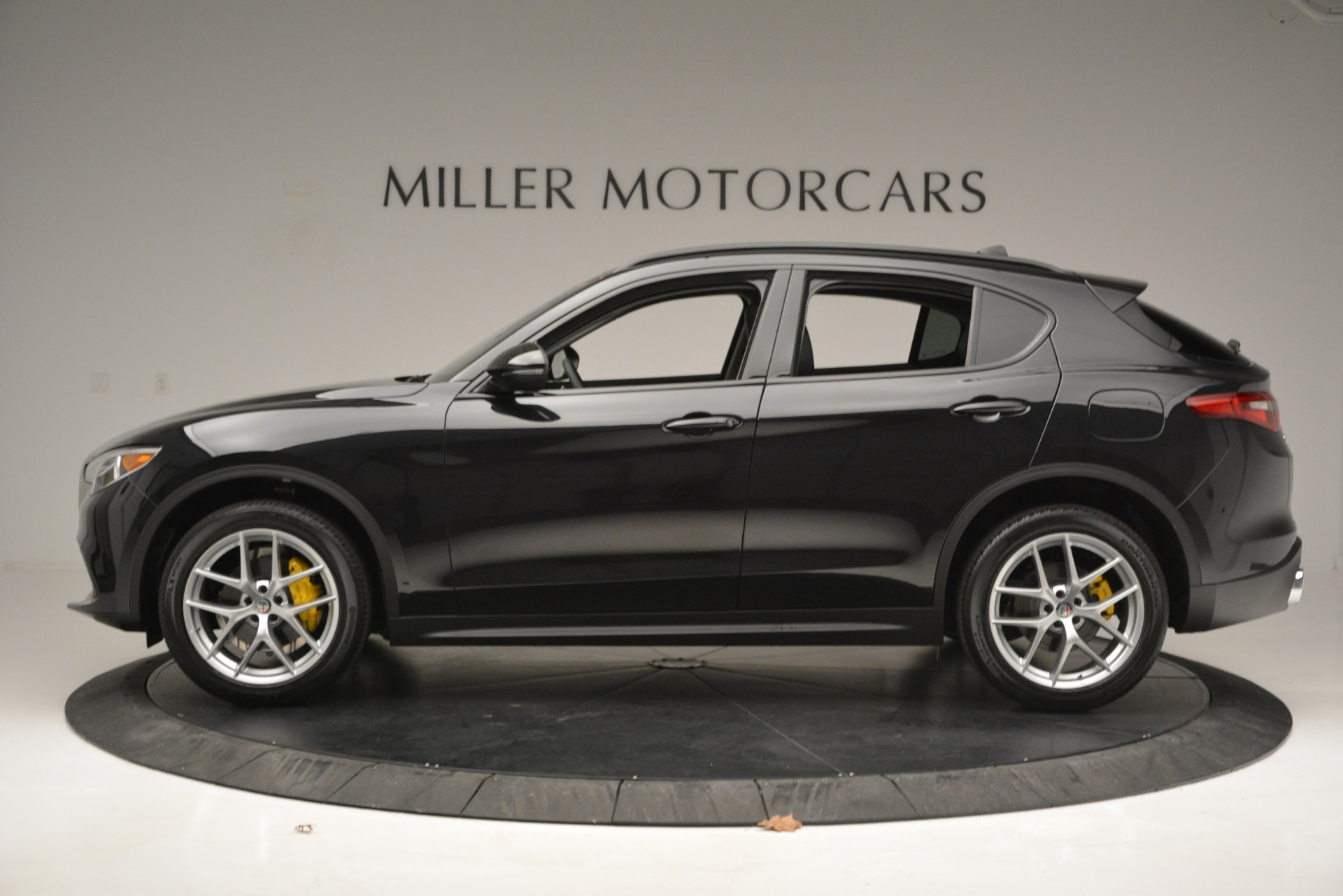 New 2019 Alfa Romeo Stelvio Sport Q4 For Sale In Greenwich, CT. Alfa Romeo of Greenwich, L515 2760_p3