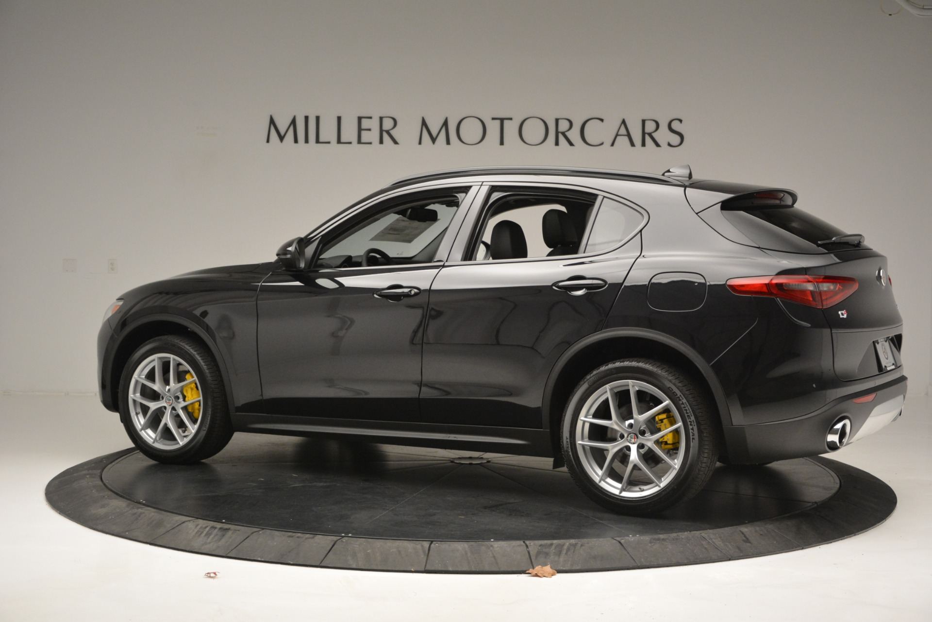 New 2019 Alfa Romeo Stelvio Sport Q4 For Sale In Greenwich, CT. Alfa Romeo of Greenwich, L515 2760_p4