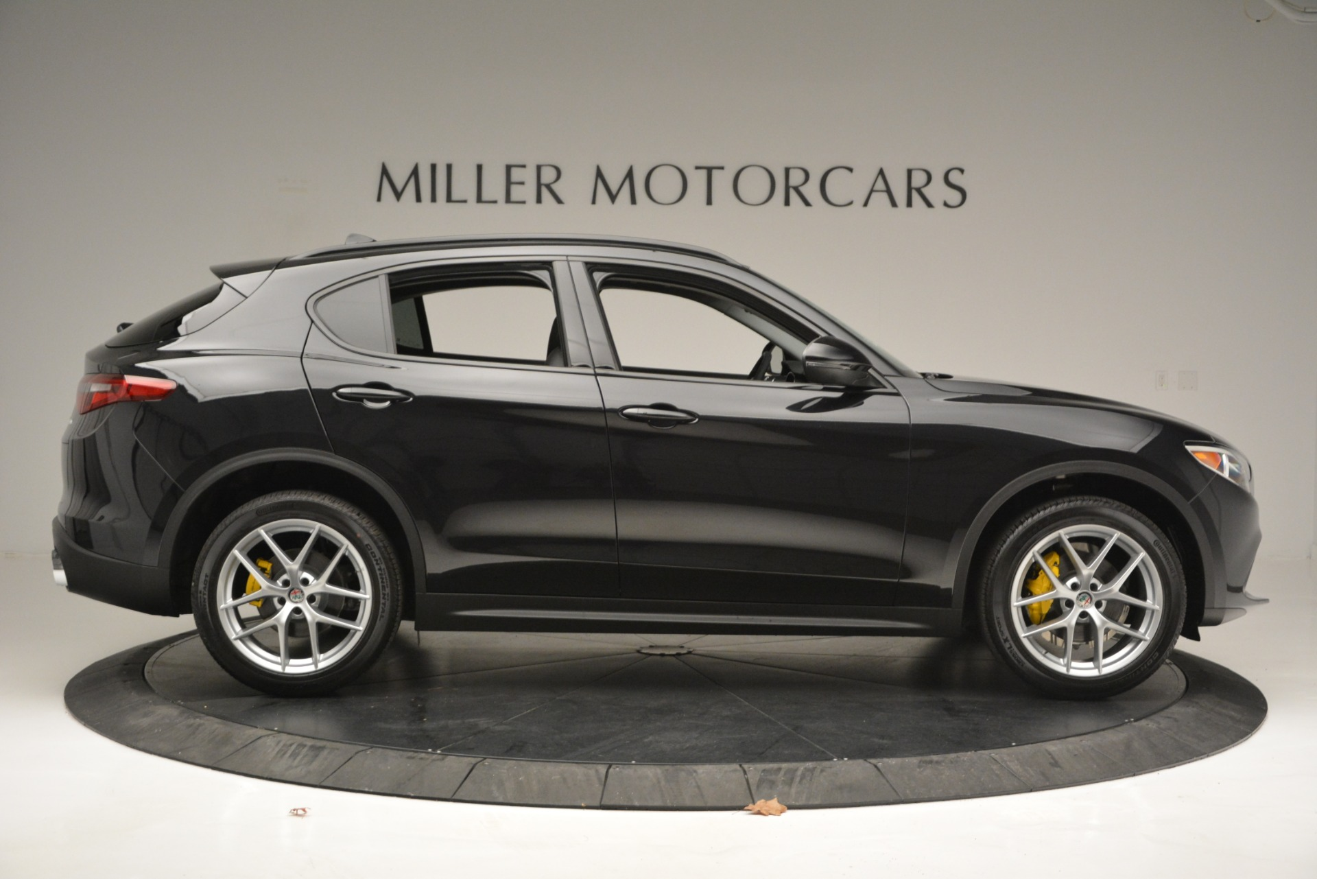 New 2019 Alfa Romeo Stelvio Sport Q4 For Sale In Greenwich, CT. Alfa Romeo of Greenwich, L515 2760_p9