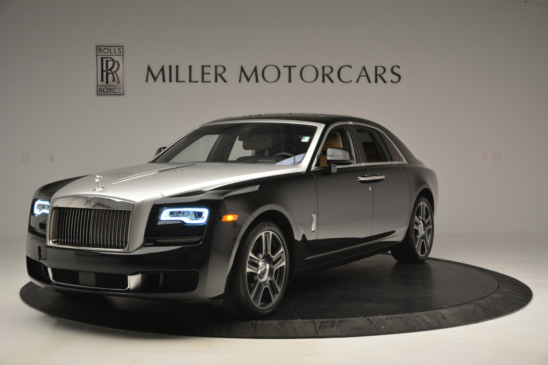 Used 2018 Rolls-Royce Ghost  For Sale In Greenwich, CT. Alfa Romeo of Greenwich, R481A 2770_main