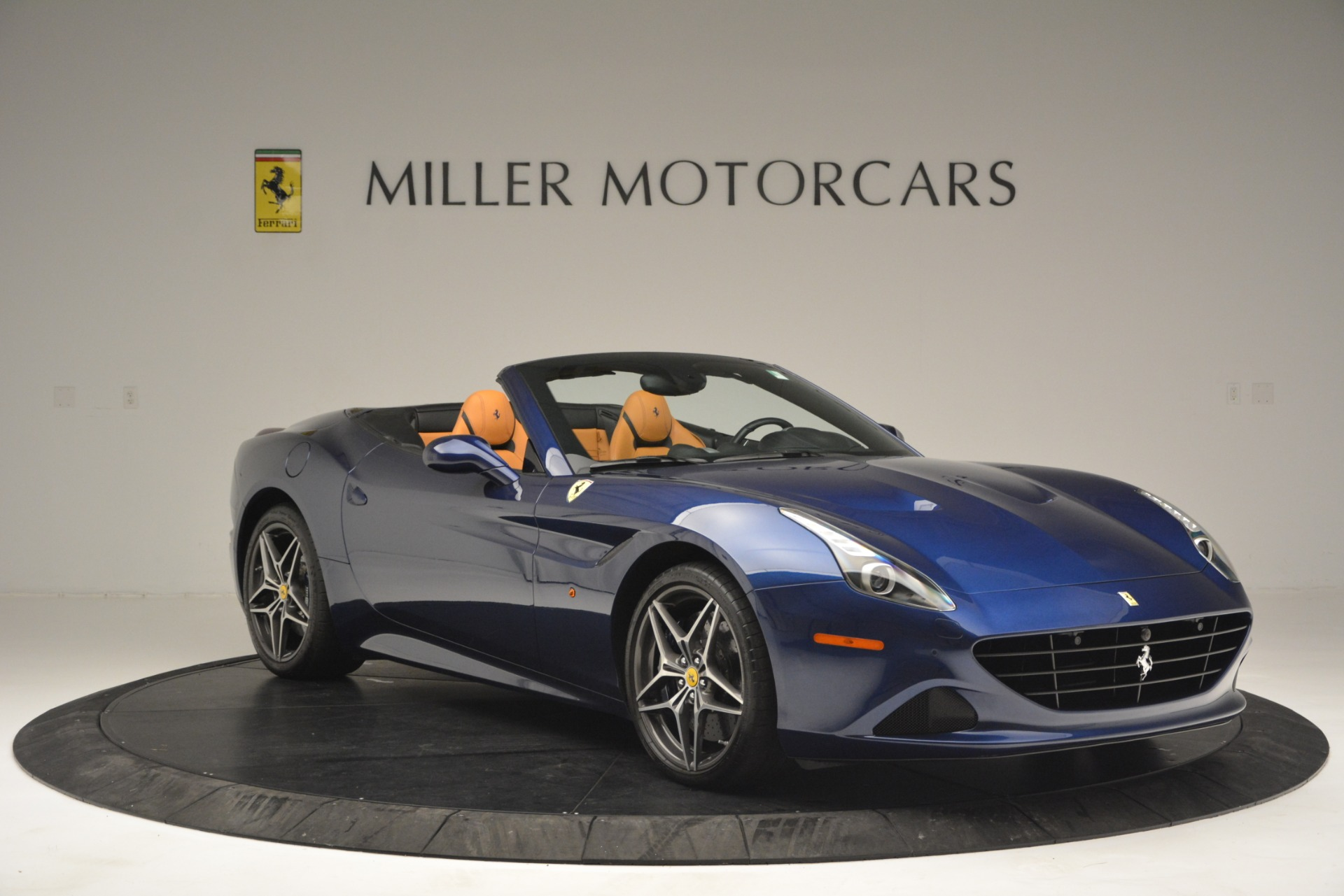 Used 2016 Ferrari California T  For Sale In Greenwich, CT. Alfa Romeo of Greenwich, 4521 2773_p11
