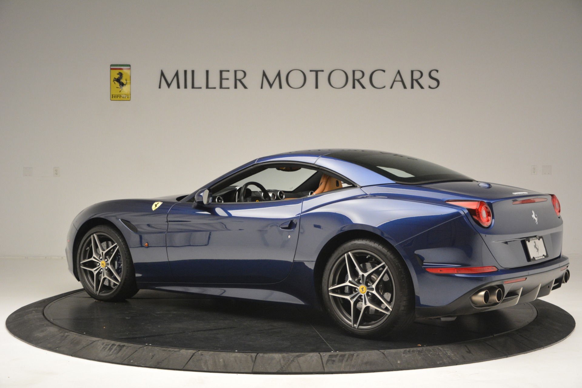 Used 2016 Ferrari California T  For Sale In Greenwich, CT. Alfa Romeo of Greenwich, 4615 2773_p16