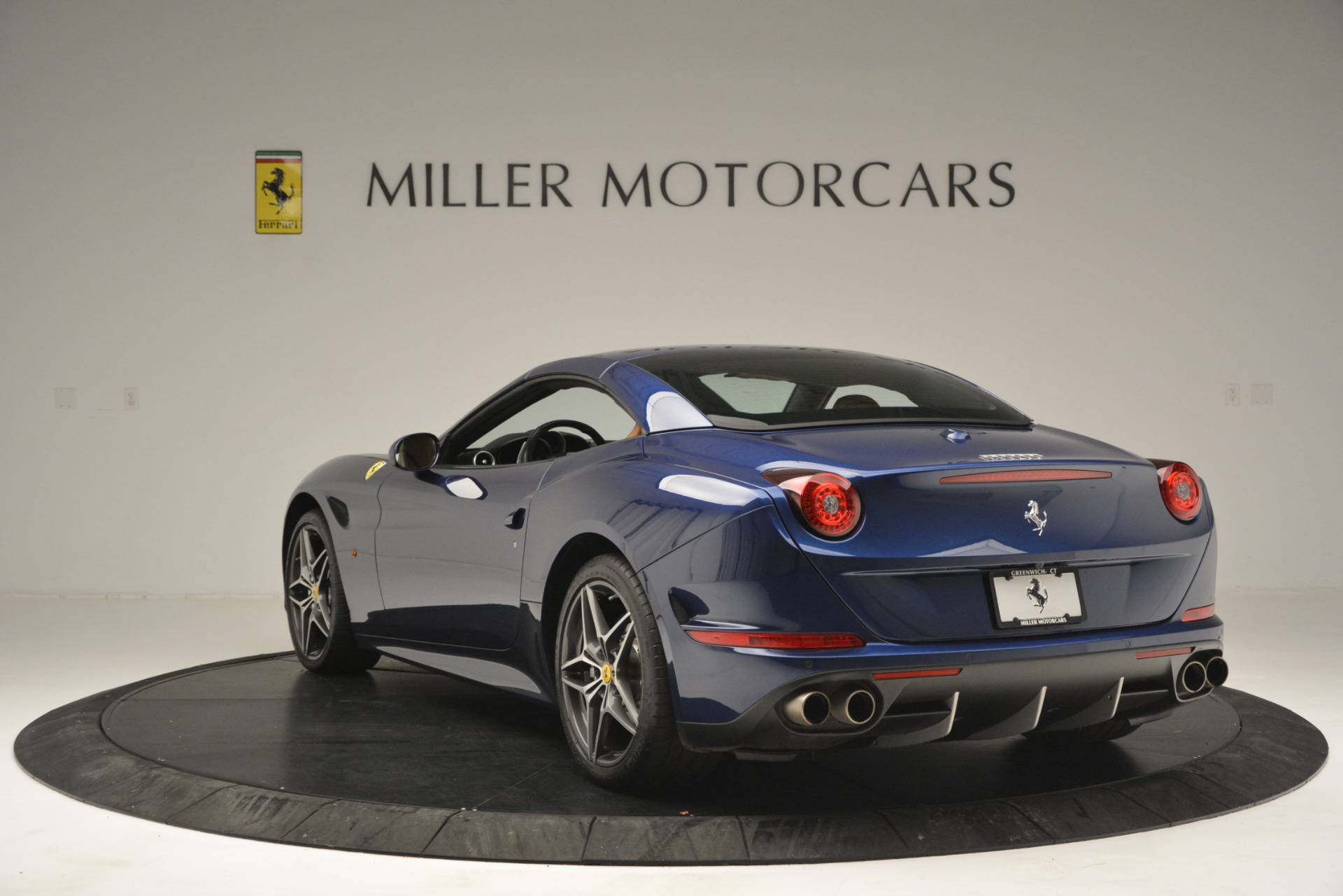 Used 2016 Ferrari California T  For Sale In Greenwich, CT. Alfa Romeo of Greenwich, 4521 2773_p17