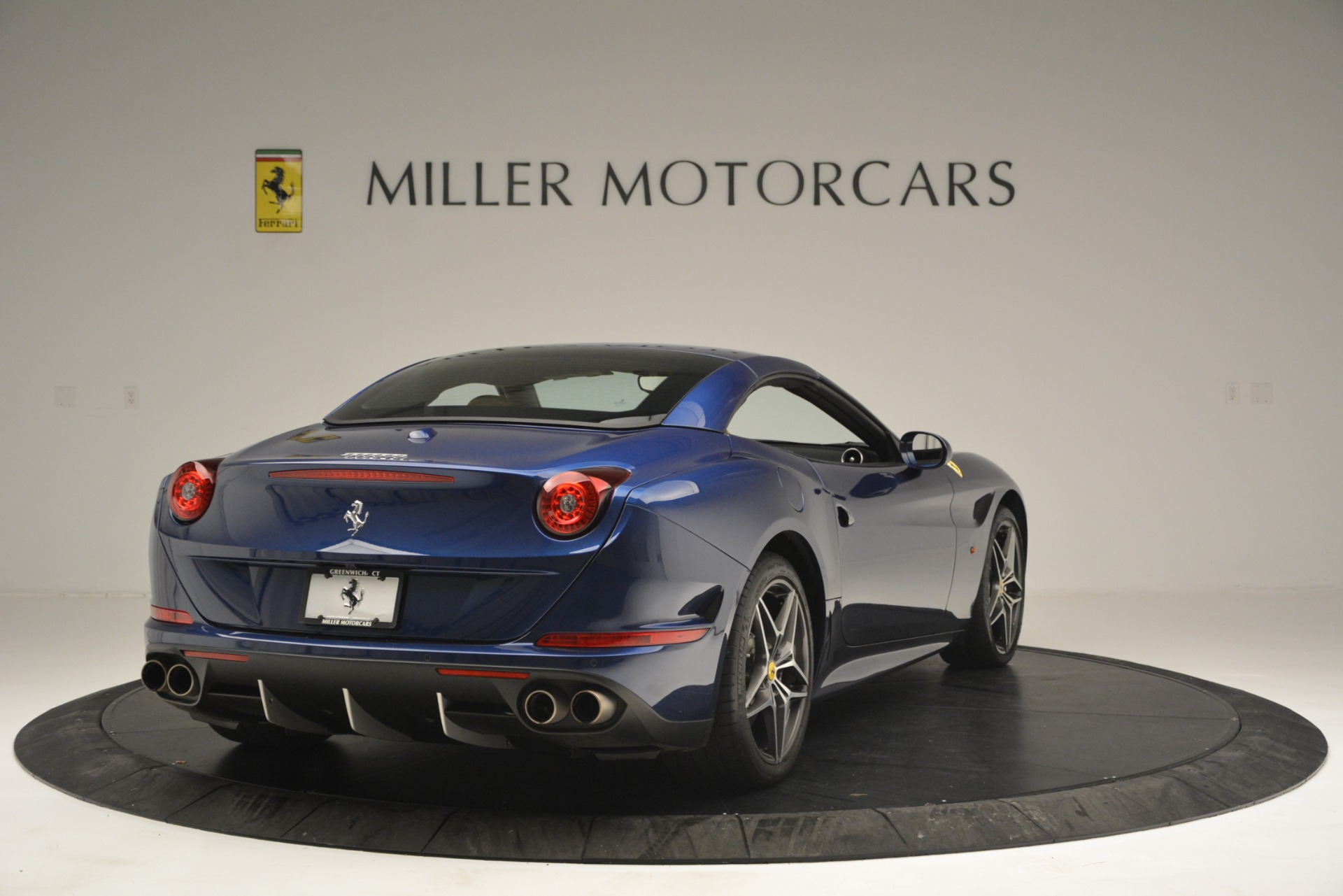Used 2016 Ferrari California T  For Sale In Greenwich, CT. Alfa Romeo of Greenwich, 4521 2773_p19
