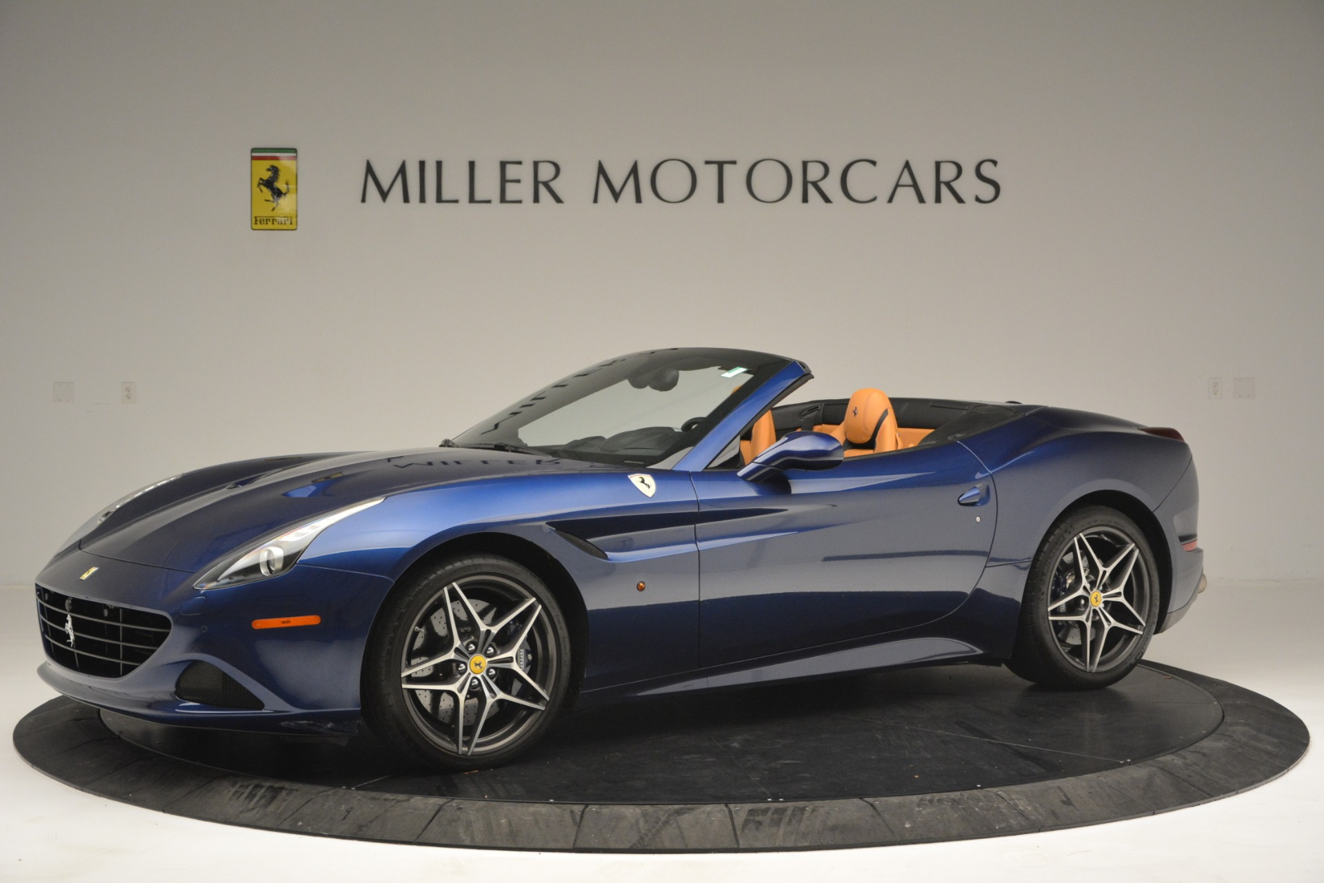 Used 2016 Ferrari California T  For Sale In Greenwich, CT. Alfa Romeo of Greenwich, 4615 2773_p2