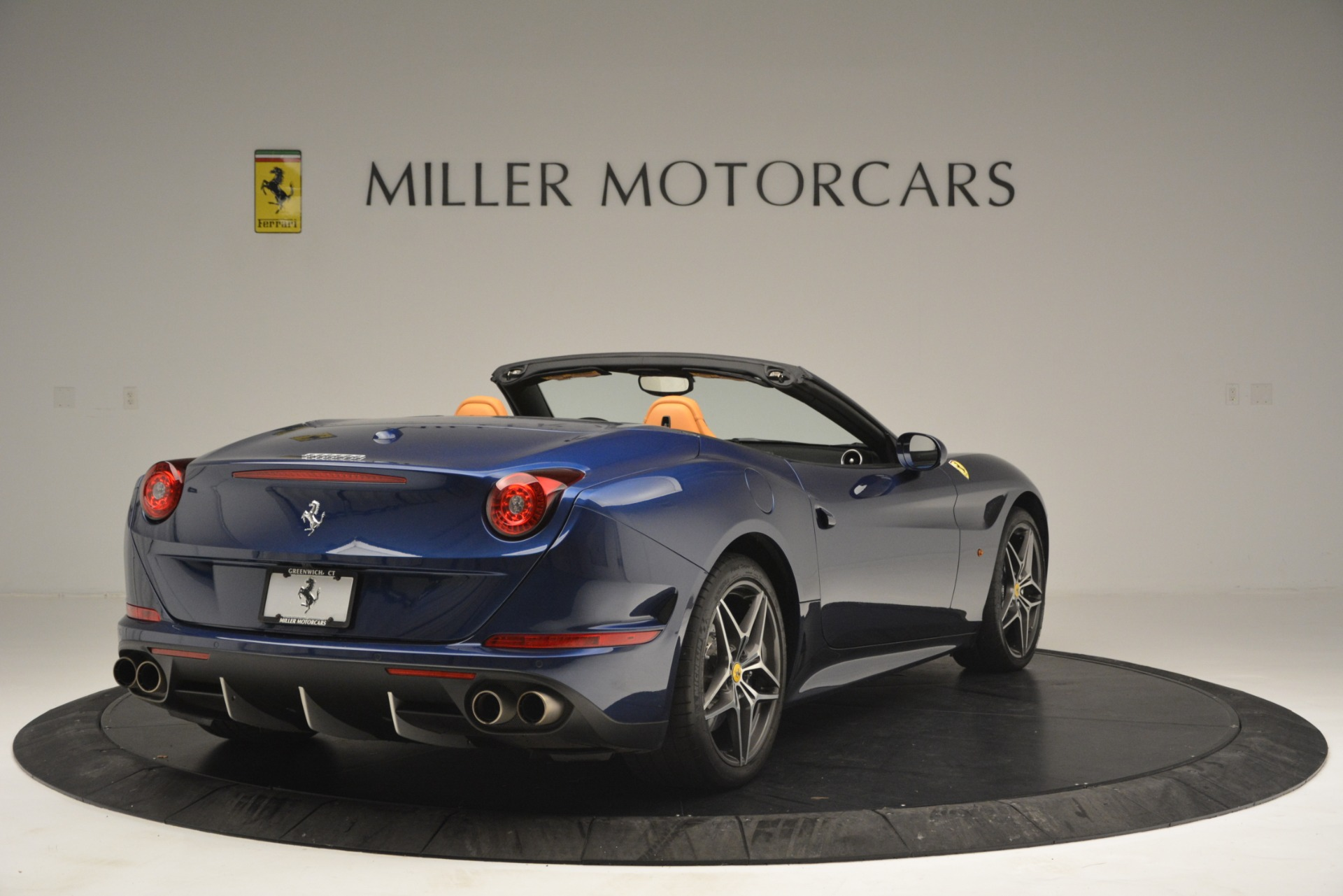 Used 2016 Ferrari California T  For Sale In Greenwich, CT. Alfa Romeo of Greenwich, 4615 2773_p7