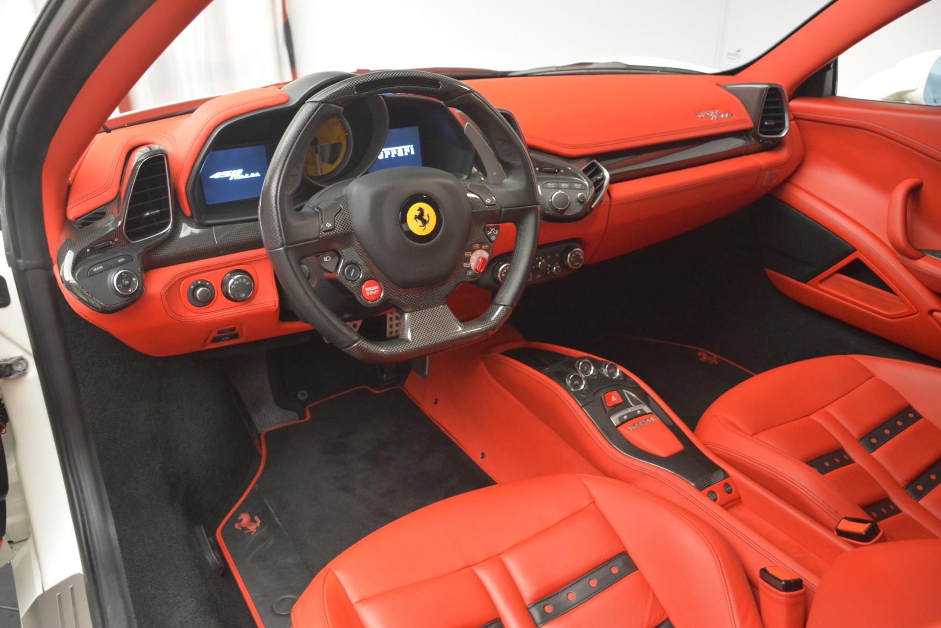 Used 2012 Ferrari 458 Italia  For Sale In Greenwich, CT. Alfa Romeo of Greenwich, 4525 2781_p13