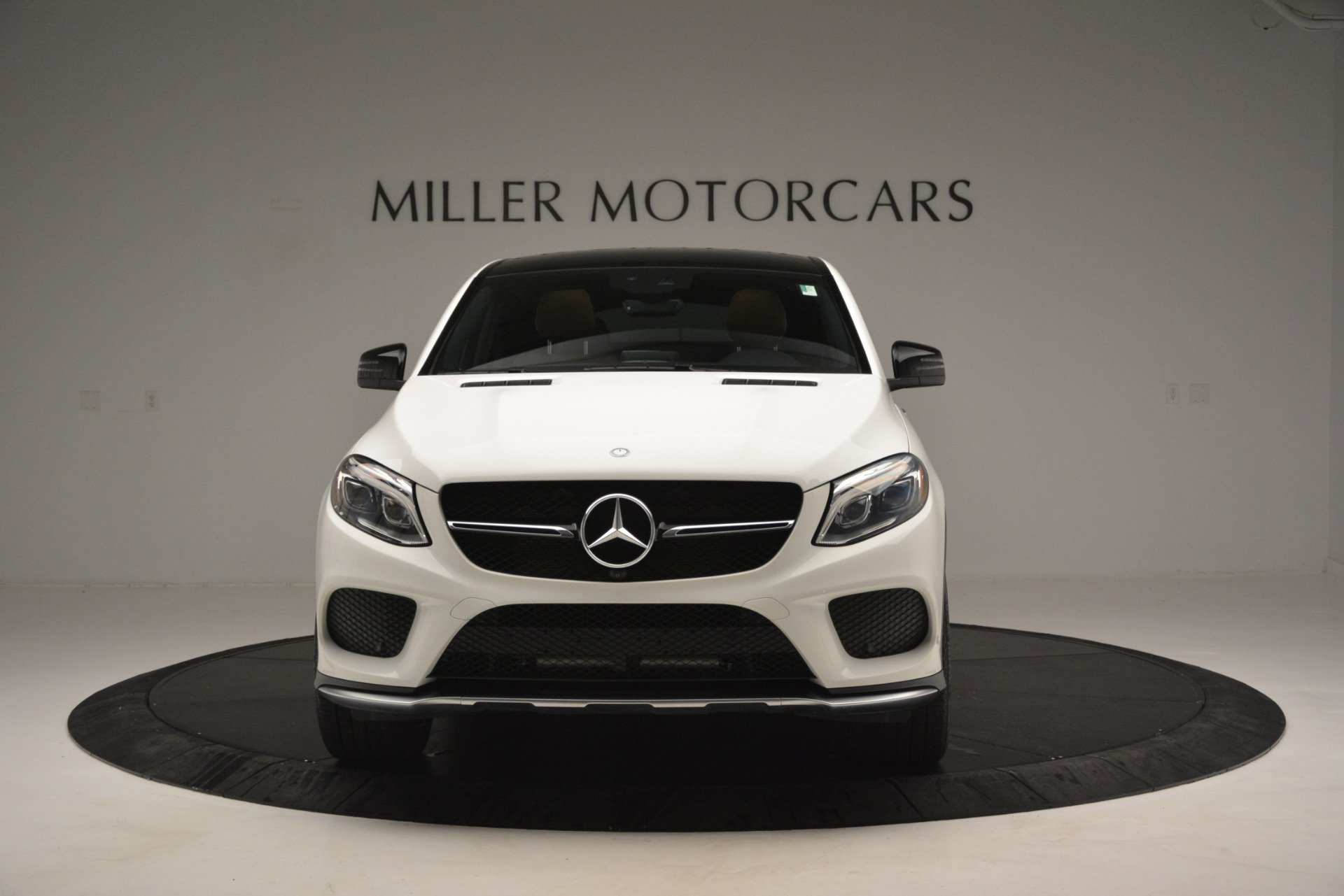 Used 2016 Mercedes-Benz GLE 450 AMG Coupe 4MATIC For Sale In Greenwich, CT. Alfa Romeo of Greenwich, W655A 2787_p12