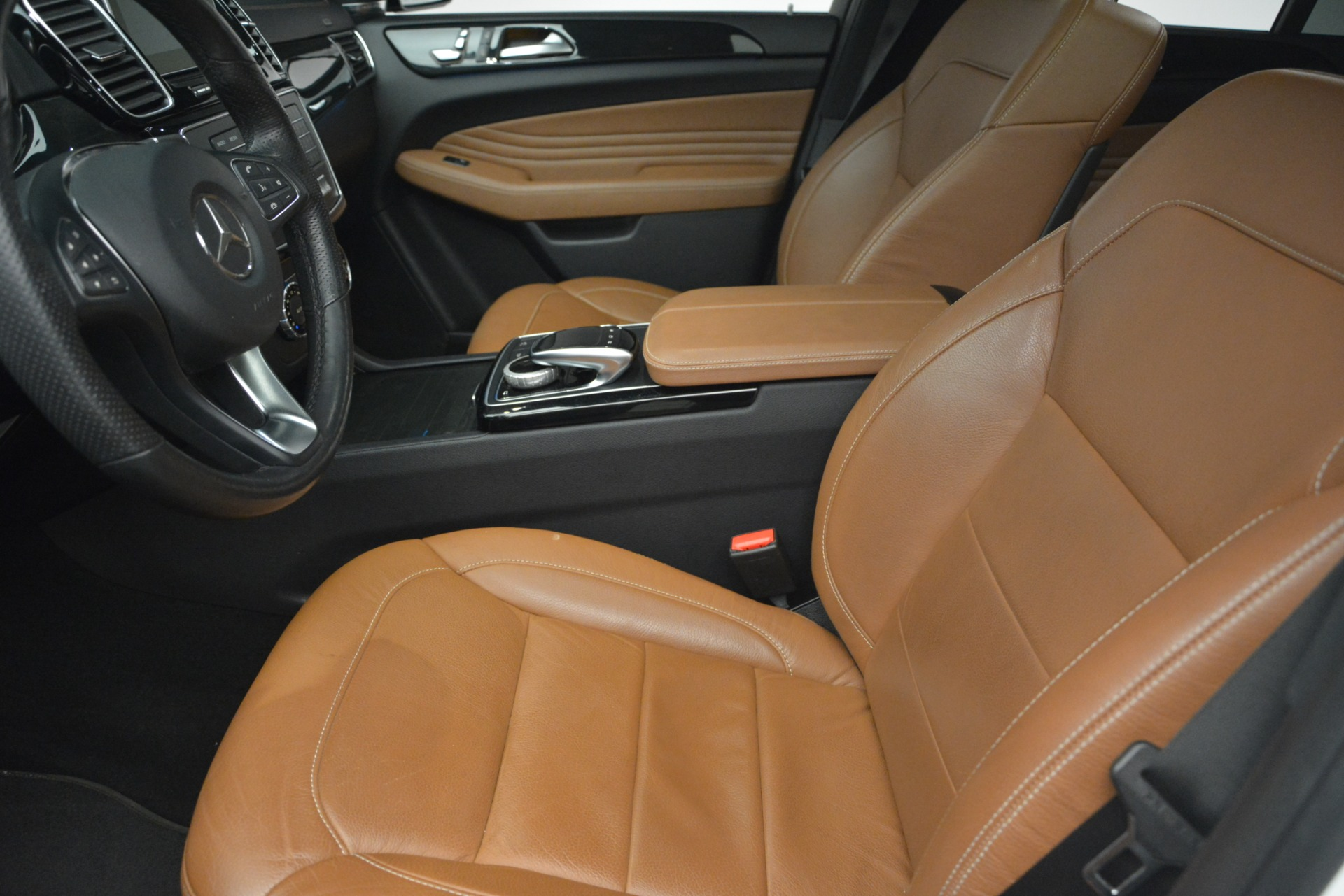 Used 2016 Mercedes-Benz GLE 450 AMG Coupe 4MATIC For Sale In Greenwich, CT. Alfa Romeo of Greenwich, W655A 2787_p14