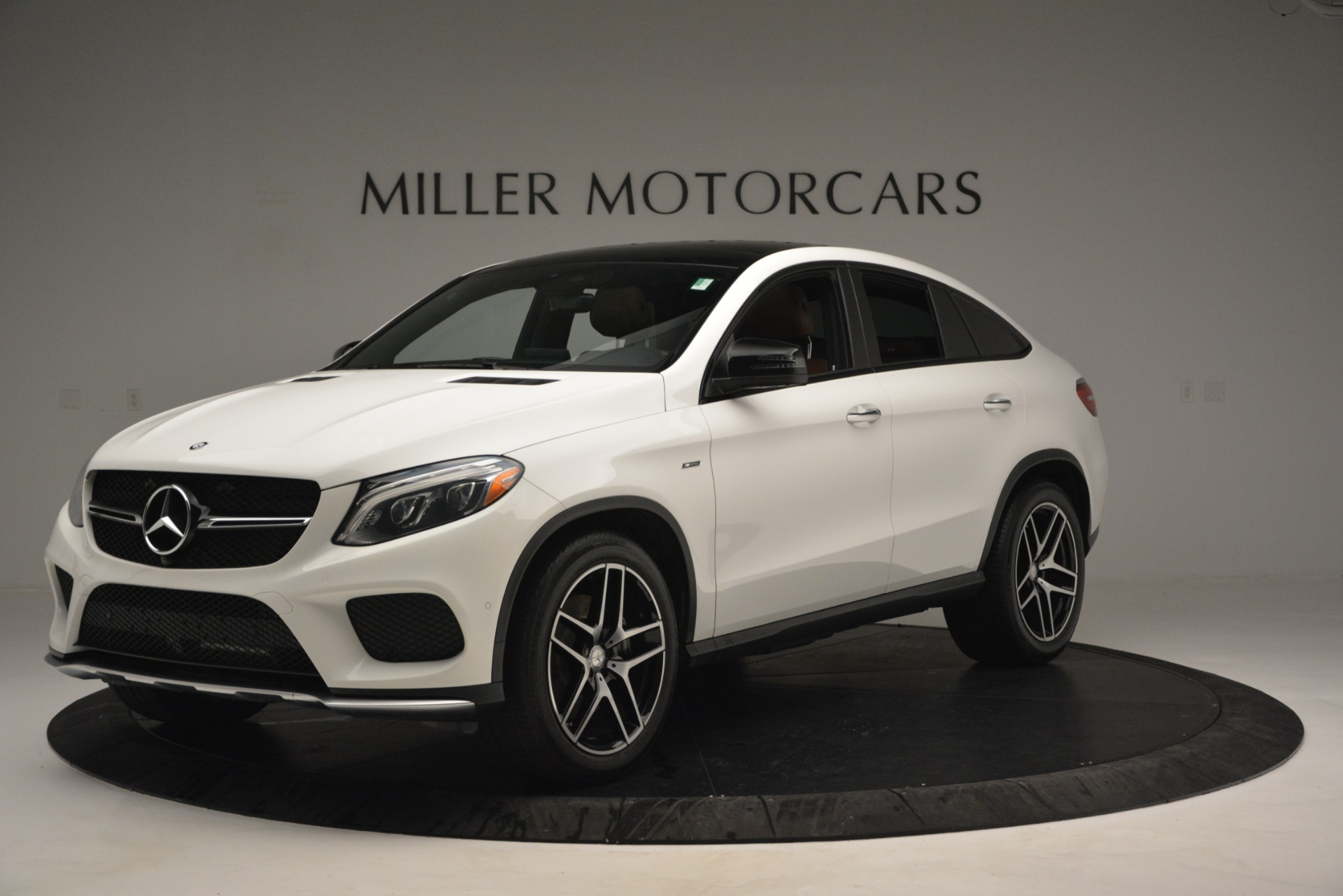 Used 2016 Mercedes-Benz GLE 450 AMG Coupe 4MATIC For Sale In Greenwich, CT. Alfa Romeo of Greenwich, W655A 2787_p2