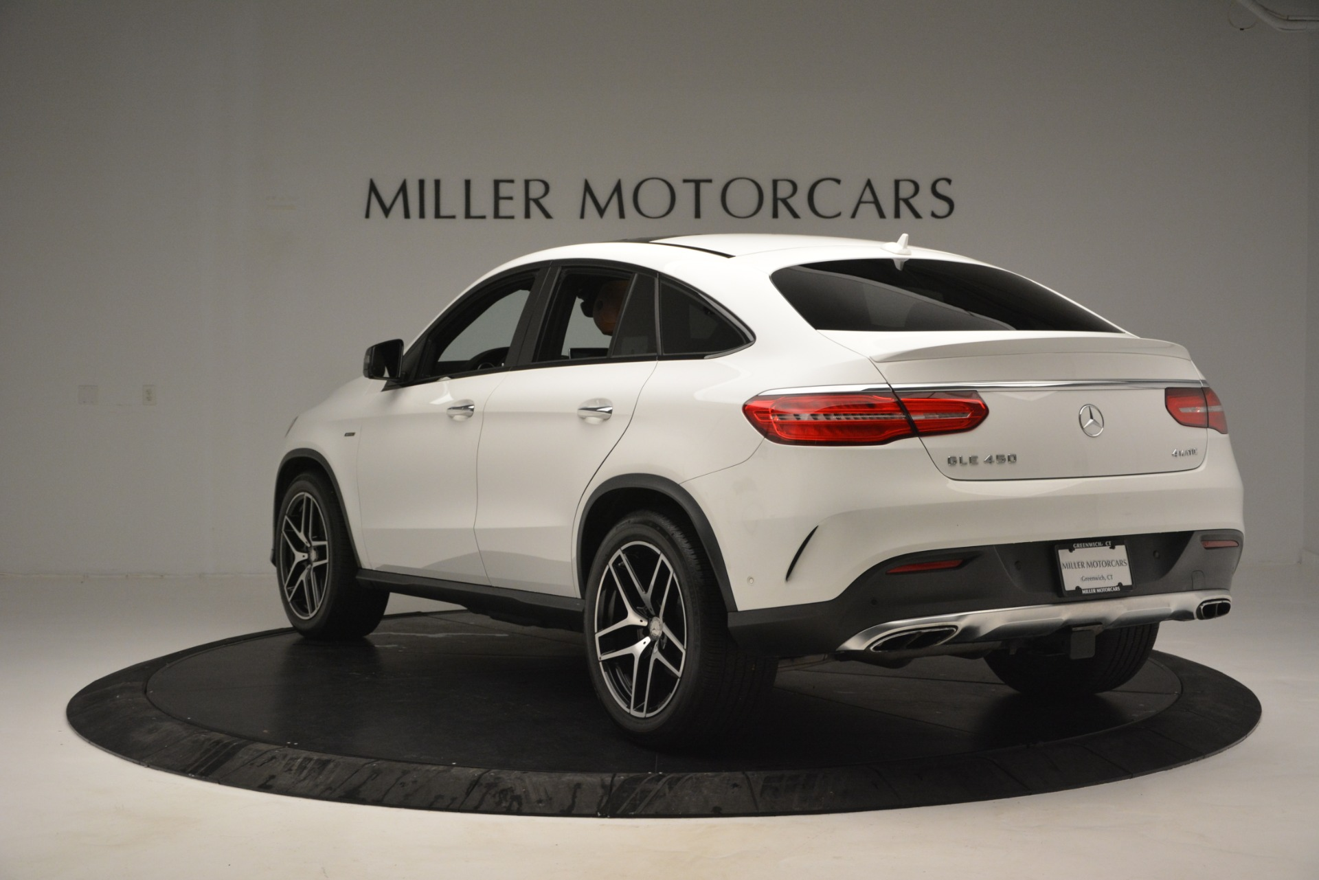 Used 2016 Mercedes-Benz GLE 450 AMG Coupe 4MATIC For Sale In Greenwich, CT. Alfa Romeo of Greenwich, W655A 2787_p5