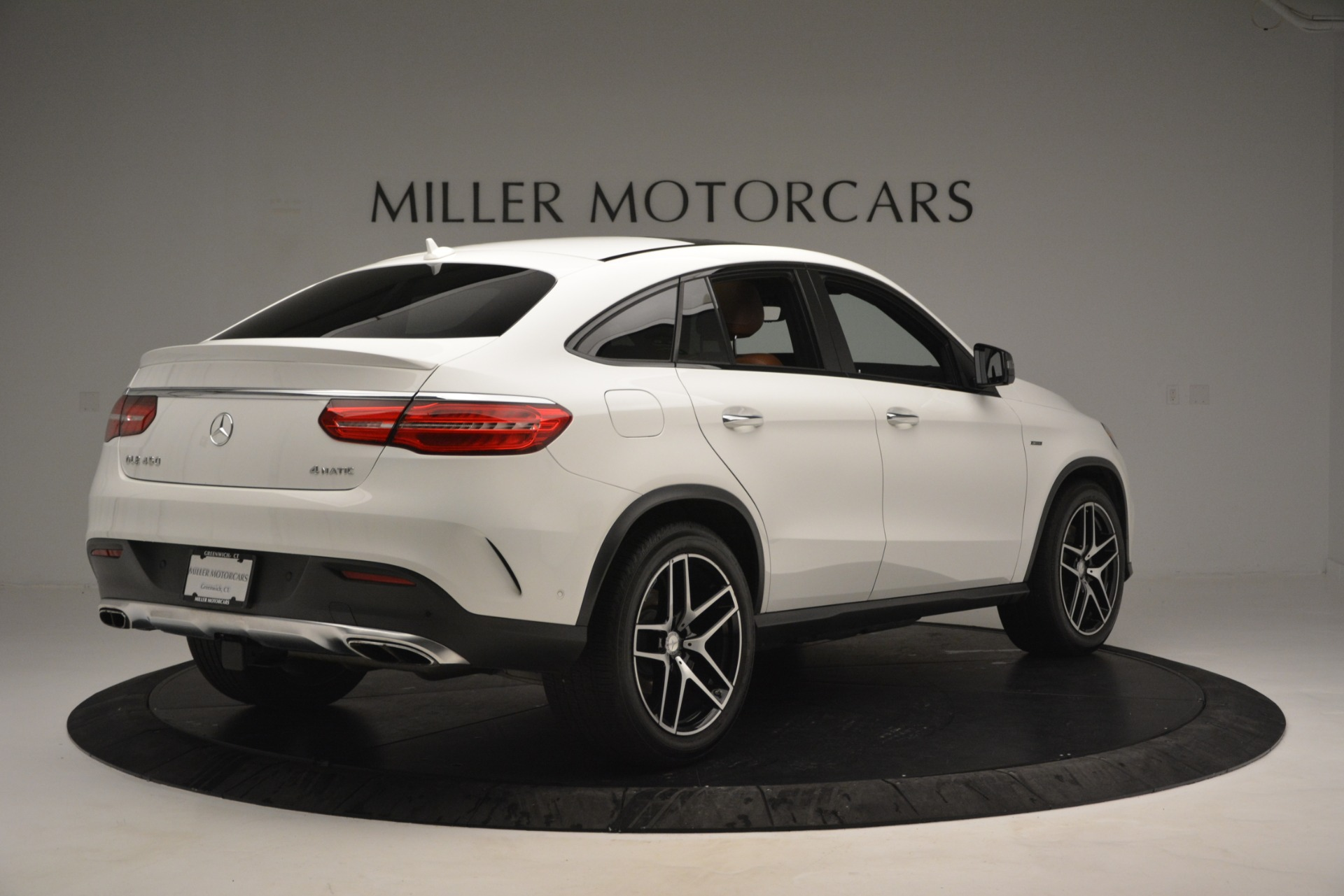 Used 2016 Mercedes-Benz GLE 450 AMG Coupe 4MATIC For Sale In Greenwich, CT. Alfa Romeo of Greenwich, W655A 2787_p8