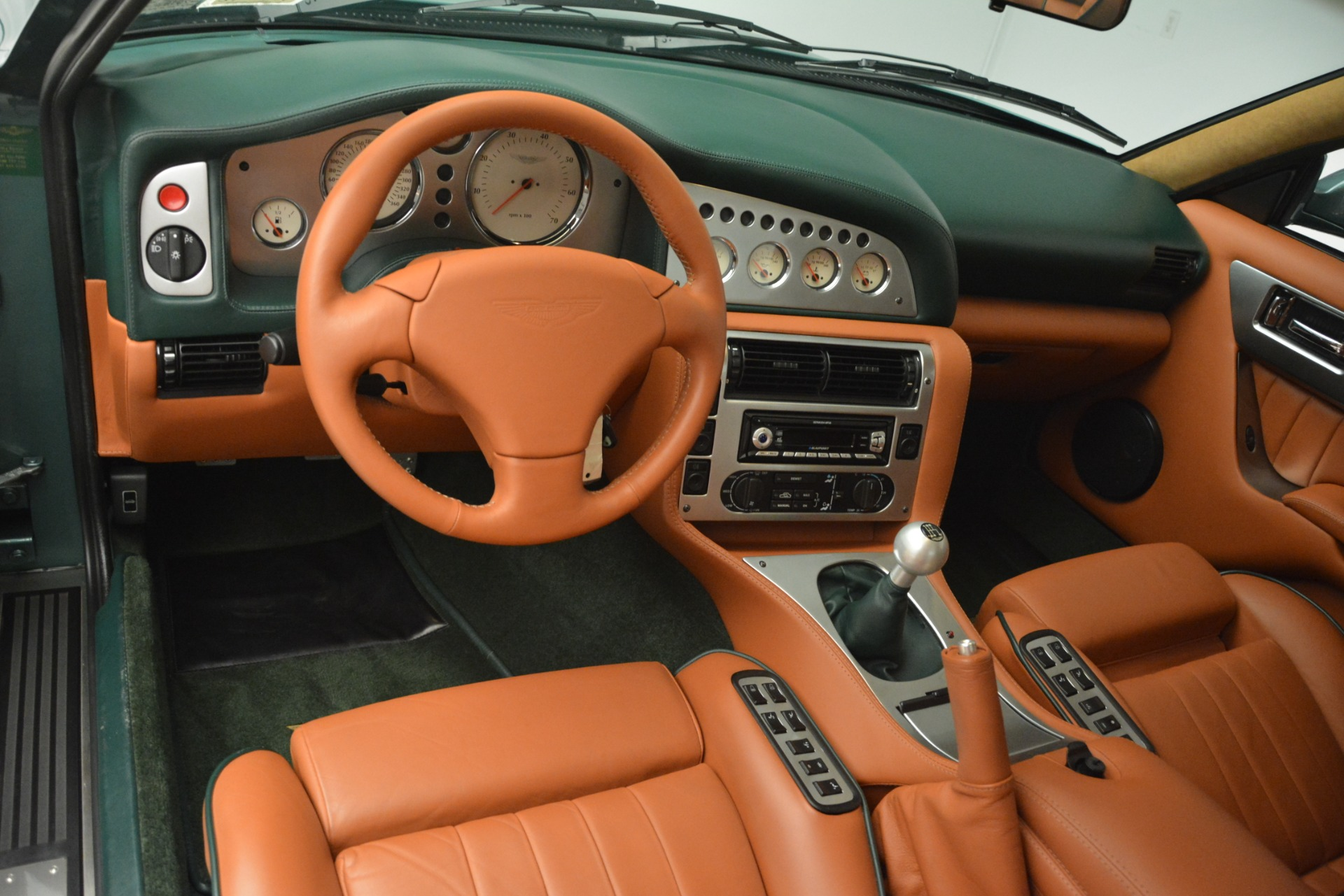 Used 1999 Aston Martin V8 Vantage Le Mans V600 Coupe For Sale In Greenwich, CT. Alfa Romeo of Greenwich, 7449C 2789_p16