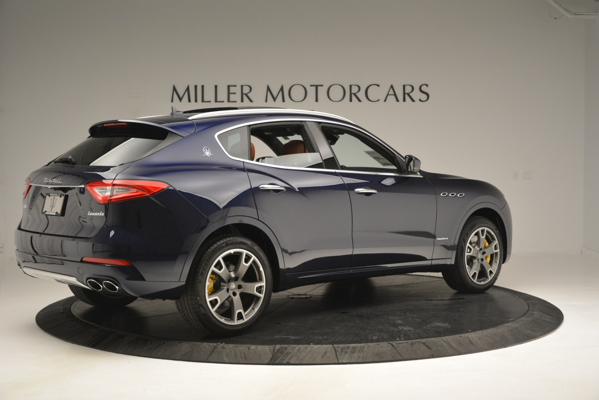 New 2019 Maserati Levante S Q4 GranLusso For Sale In Greenwich, CT. Alfa Romeo of Greenwich, M2241 2791_p12