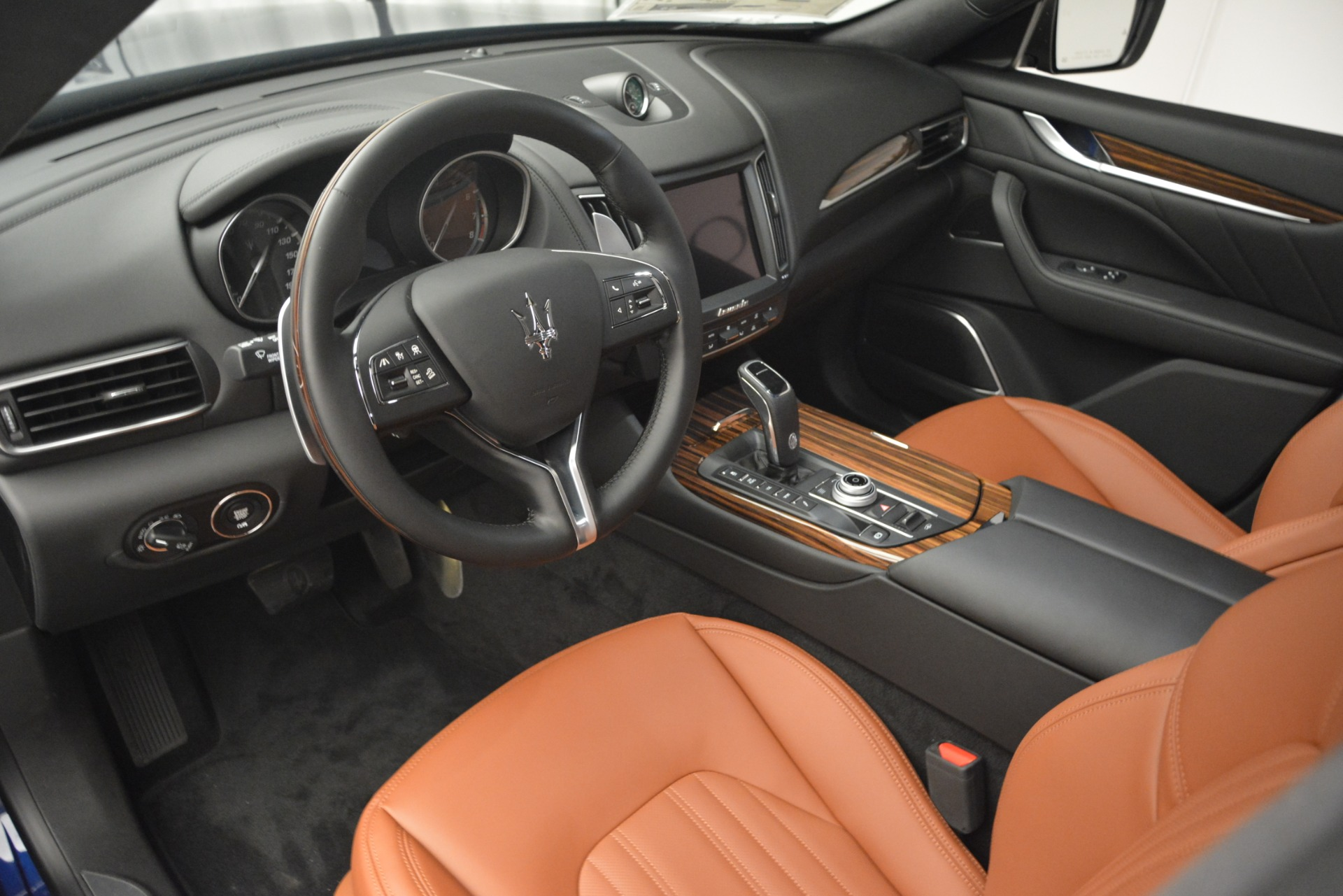 New 2019 Maserati Levante S Q4 GranLusso For Sale In Greenwich, CT. Alfa Romeo of Greenwich, M2241 2791_p19