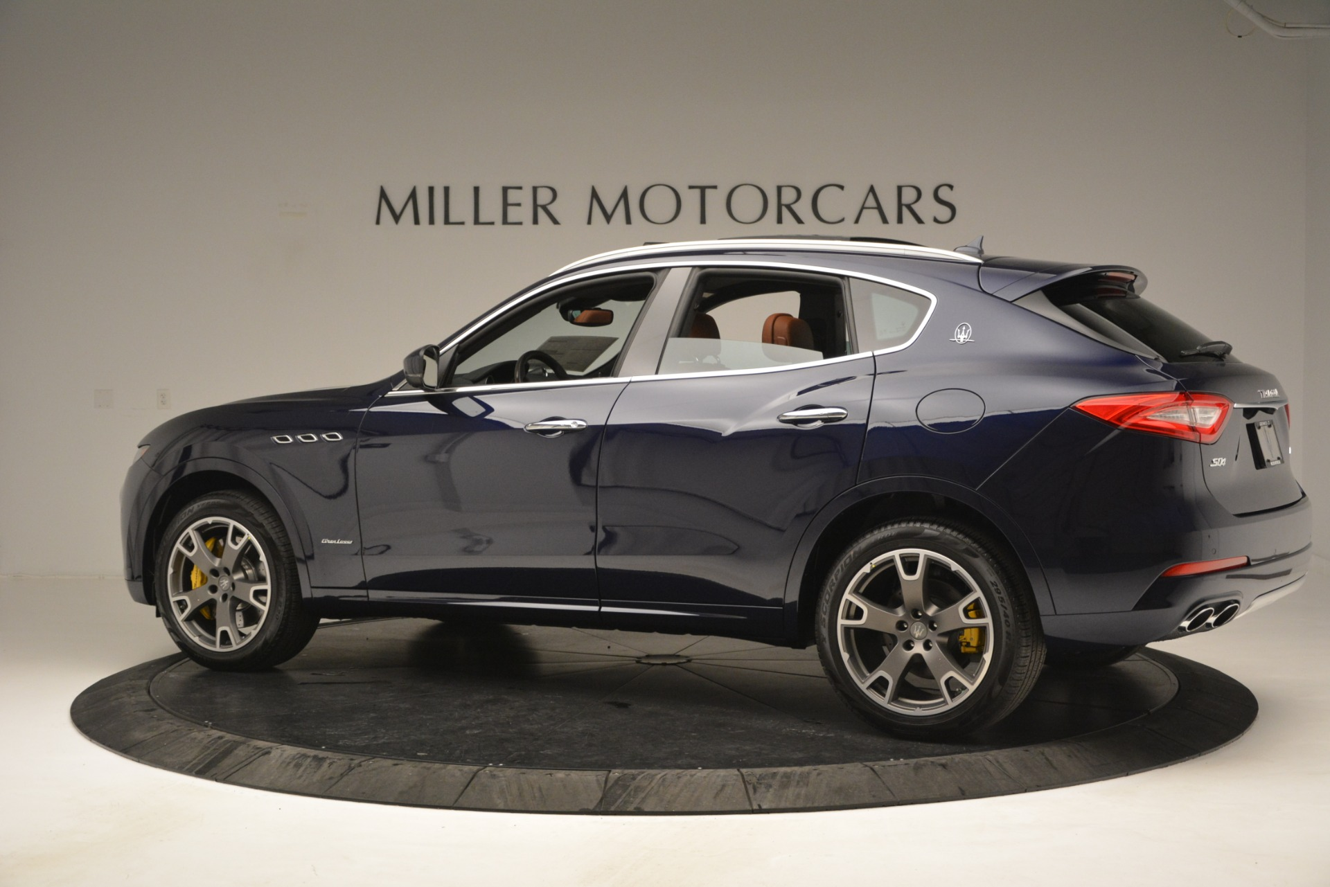 New 2019 Maserati Levante S Q4 GranLusso For Sale In Greenwich, CT. Alfa Romeo of Greenwich, M2241 2791_p5