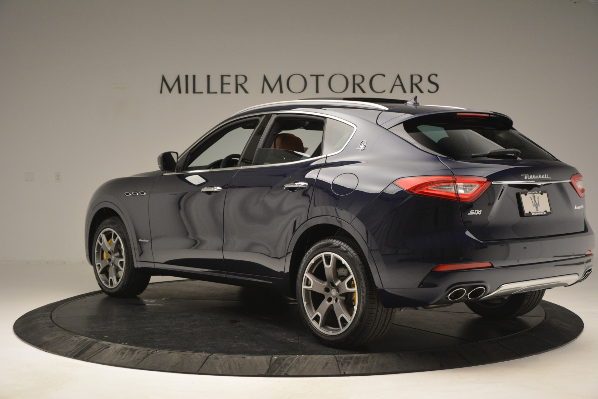 New 2019 Maserati Levante S Q4 GranLusso For Sale In Greenwich, CT. Alfa Romeo of Greenwich, M2241 2791_p6