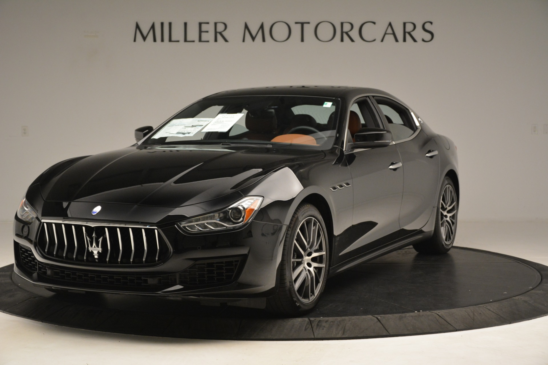New 2019 Maserati Ghibli S Q4 For Sale In Greenwich, CT. Alfa Romeo of Greenwich, M2239 2792_main