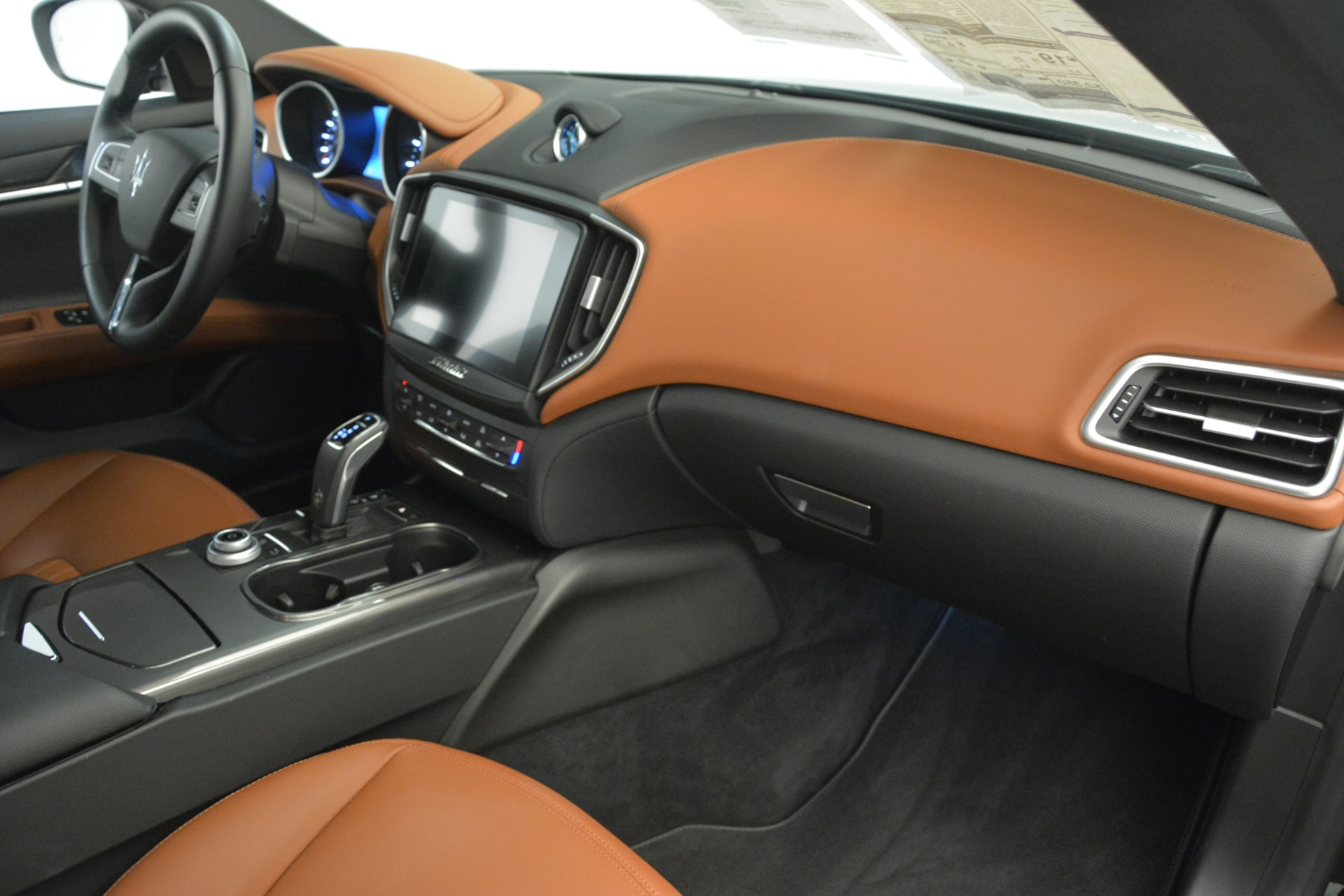 New 2019 Maserati Ghibli S Q4 For Sale In Greenwich, CT. Alfa Romeo of Greenwich, M2239 2792_p17