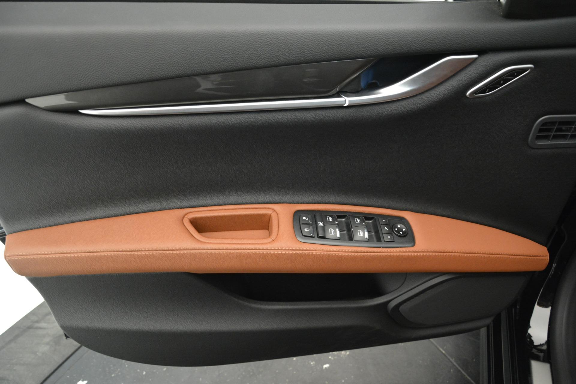 New 2019 Maserati Ghibli S Q4 For Sale In Greenwich, CT. Alfa Romeo of Greenwich, M2238 2793_p17