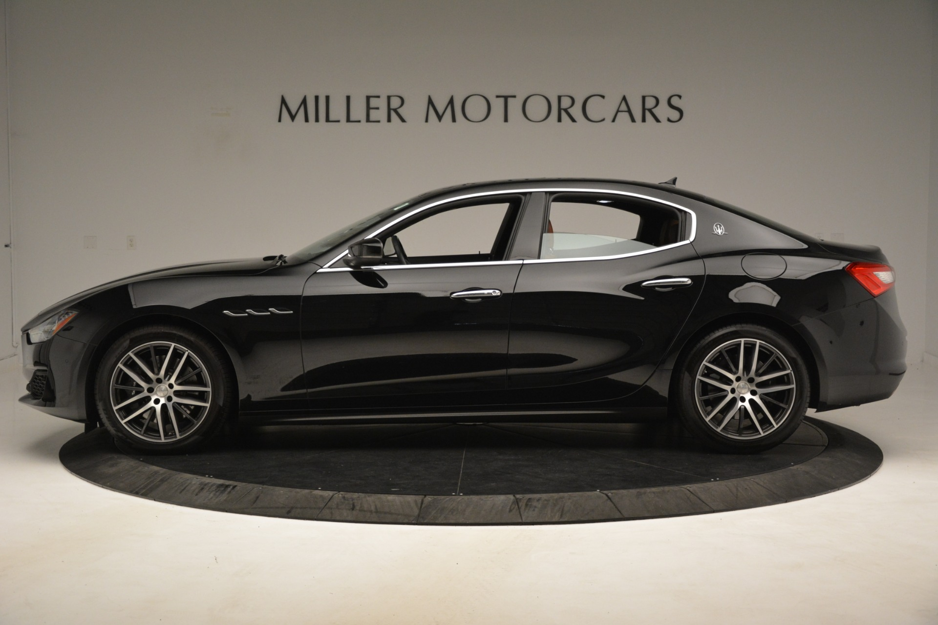 New 2019 Maserati Ghibli S Q4 For Sale In Greenwich, CT. Alfa Romeo of Greenwich, M2238 2793_p3