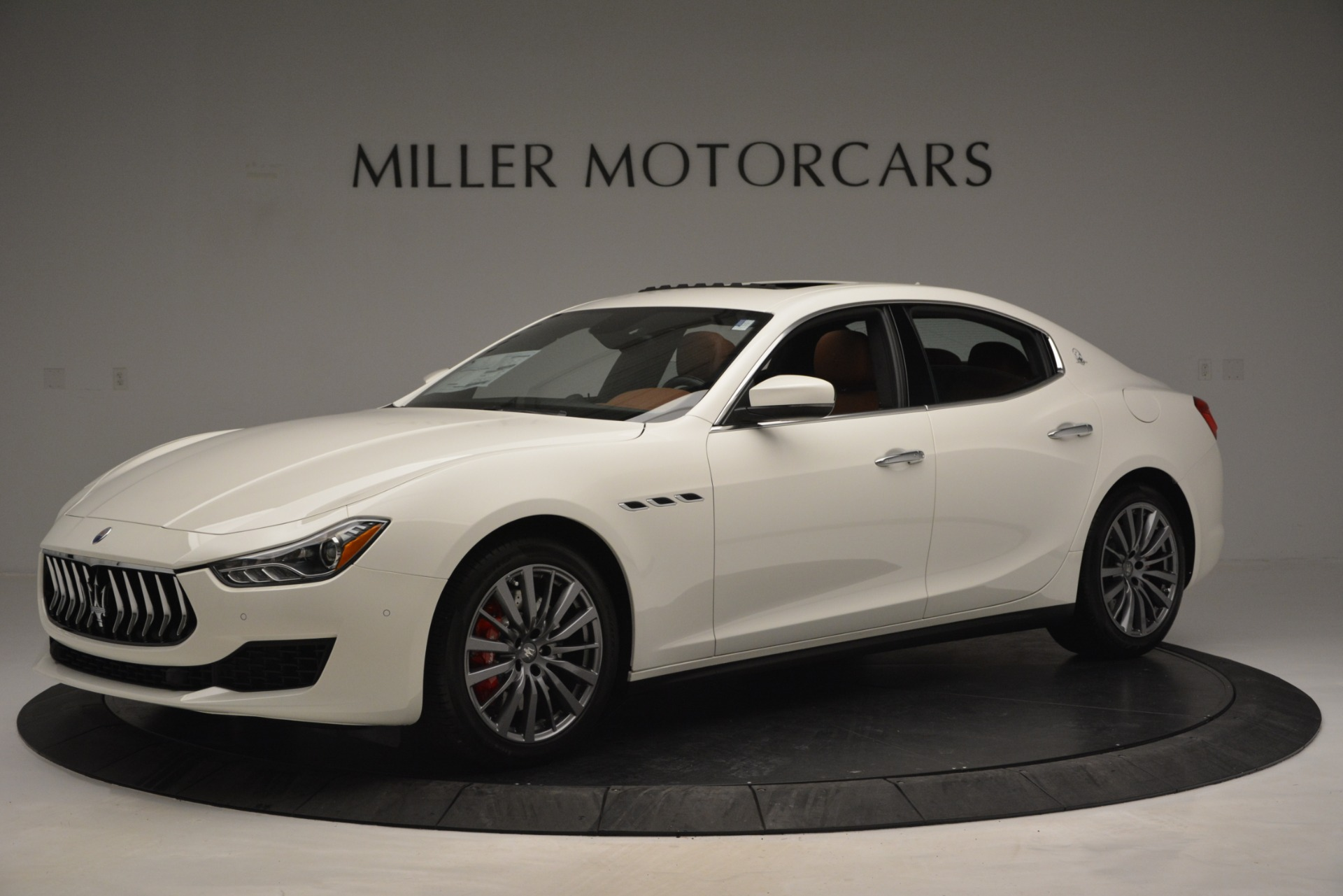 New 2019 Maserati Ghibli S Q4 For Sale In Greenwich, CT. Alfa Romeo of Greenwich, M2245 2795_p2