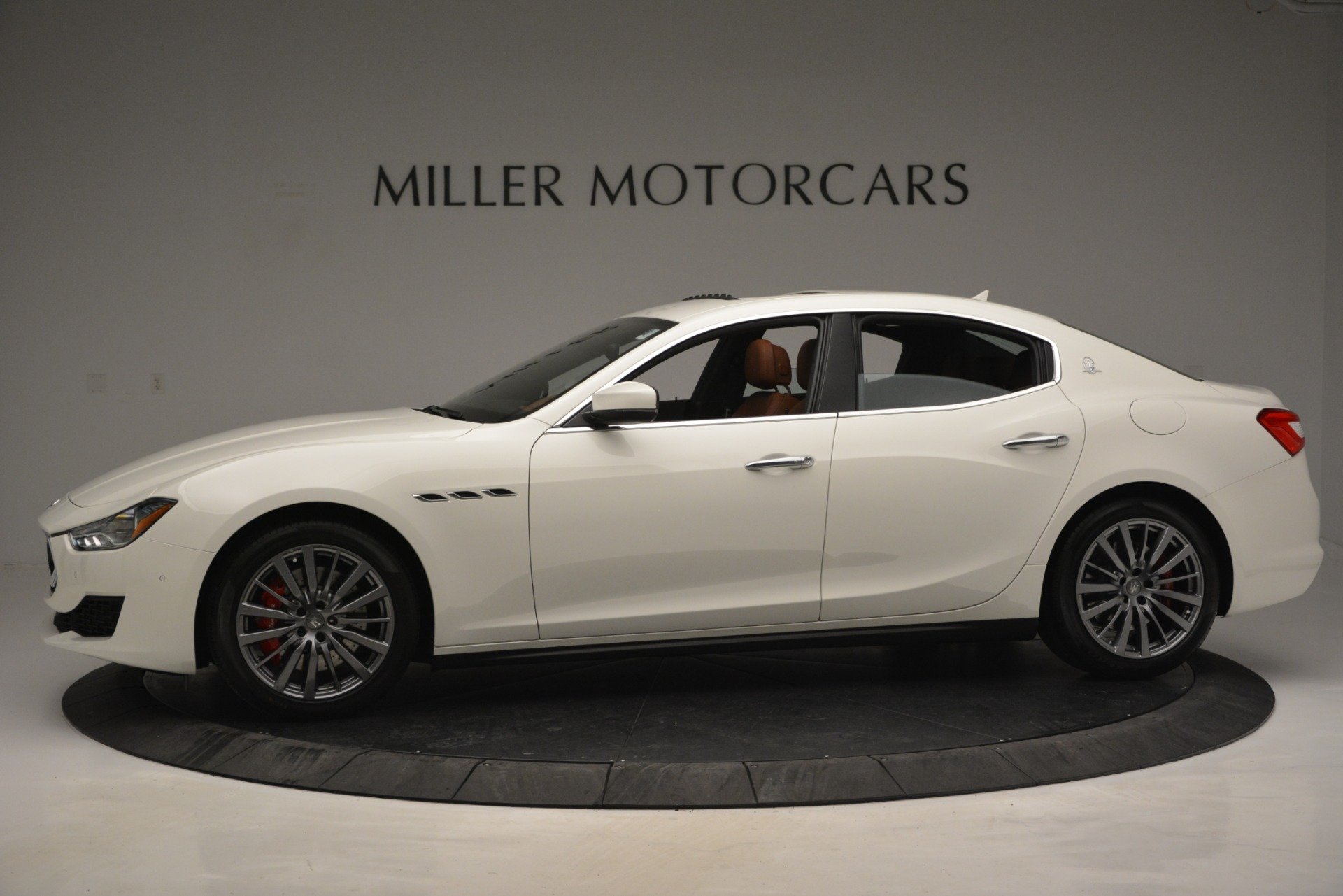 New 2019 Maserati Ghibli S Q4 For Sale In Greenwich, CT. Alfa Romeo of Greenwich, M2245 2795_p3