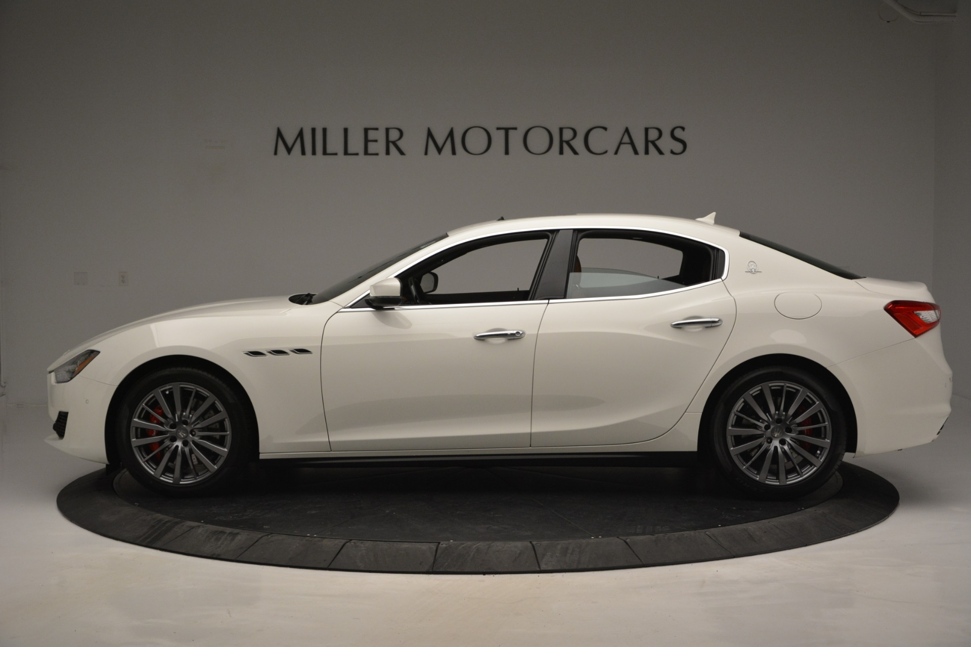 New 2019 Maserati Ghibli S Q4 For Sale In Greenwich, CT. Alfa Romeo of Greenwich, M2245 2795_p4