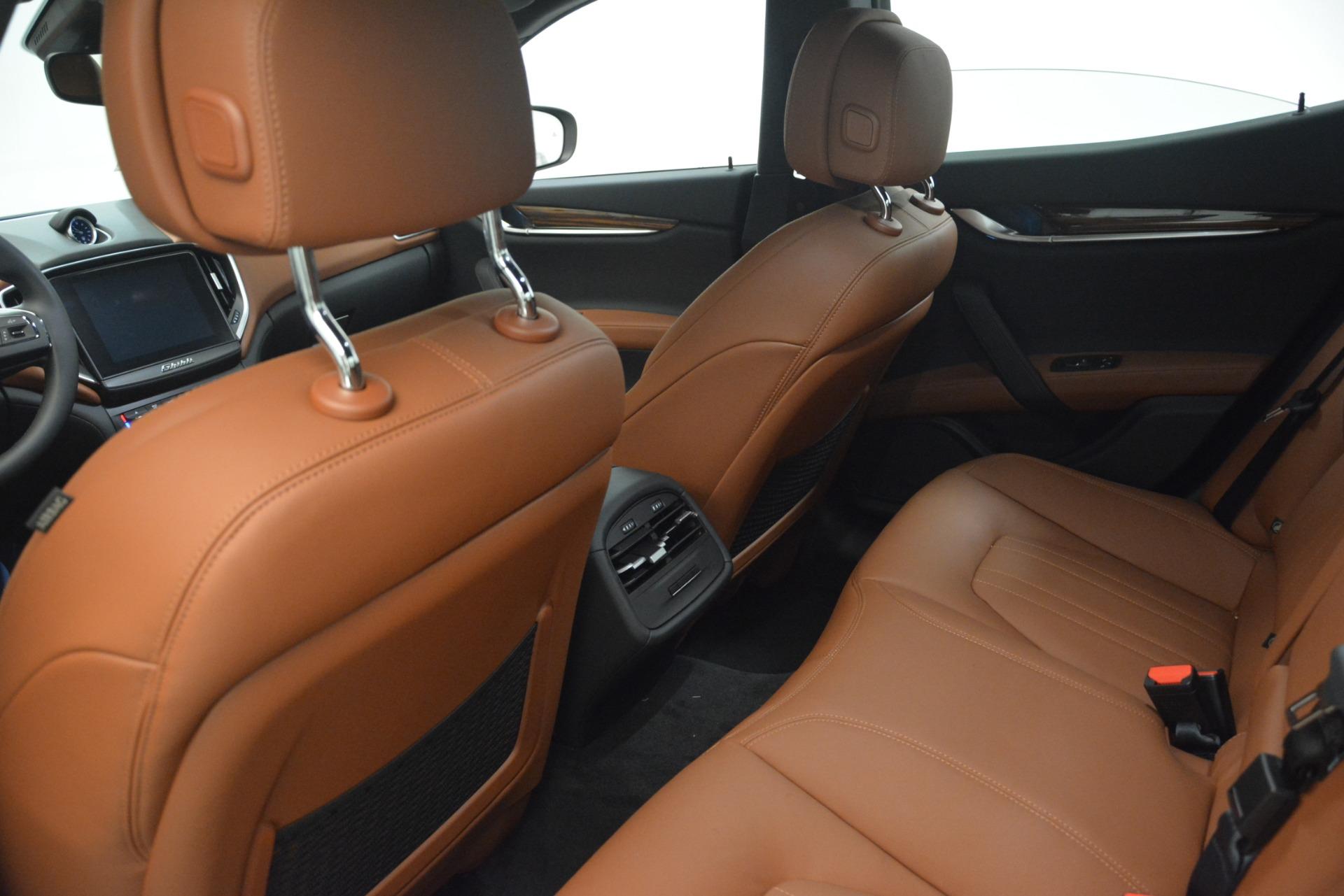 New 2019 Maserati Ghibli S Q4 For Sale In Greenwich, CT. Alfa Romeo of Greenwich, M2243 2796_p17
