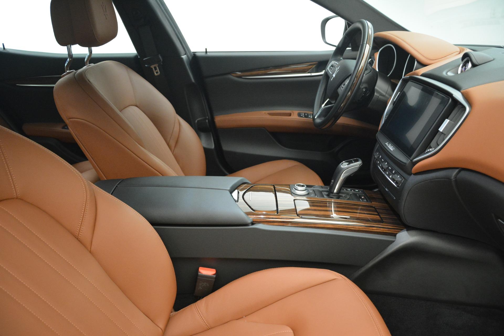 New 2019 Maserati Ghibli S Q4 For Sale In Greenwich, CT. Alfa Romeo of Greenwich, M2243 2796_p21