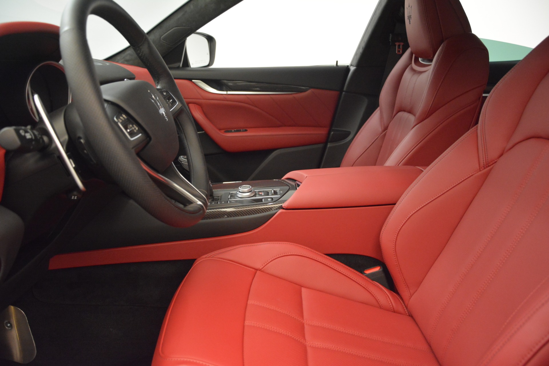 New 2019 Maserati Levante GTS For Sale In Greenwich, CT. Alfa Romeo of Greenwich, W658 2797_p16