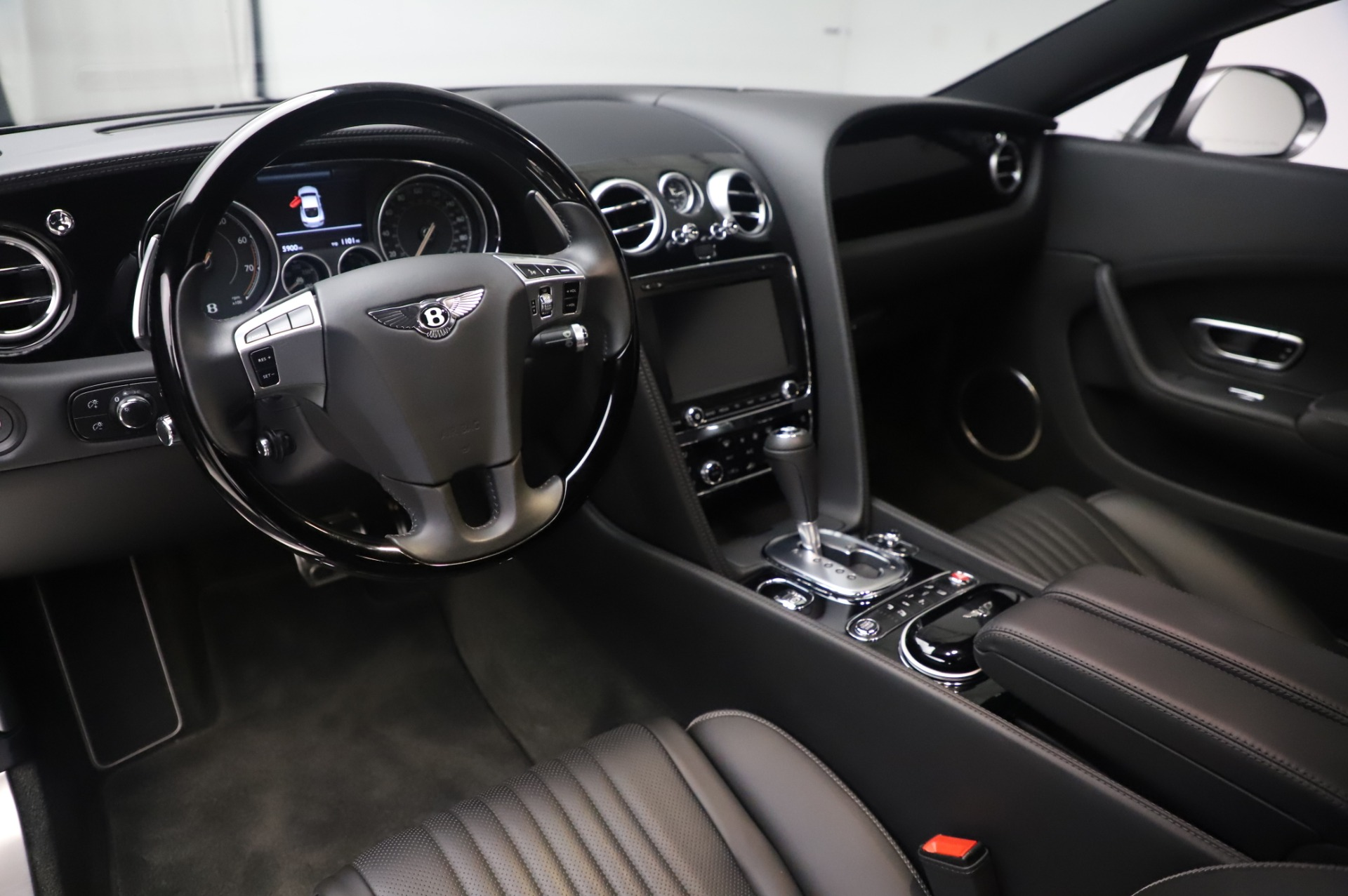 Used 2016 Bentley Continental GT W12 For Sale In Greenwich, CT. Alfa Romeo of Greenwich, 6997 28_p13