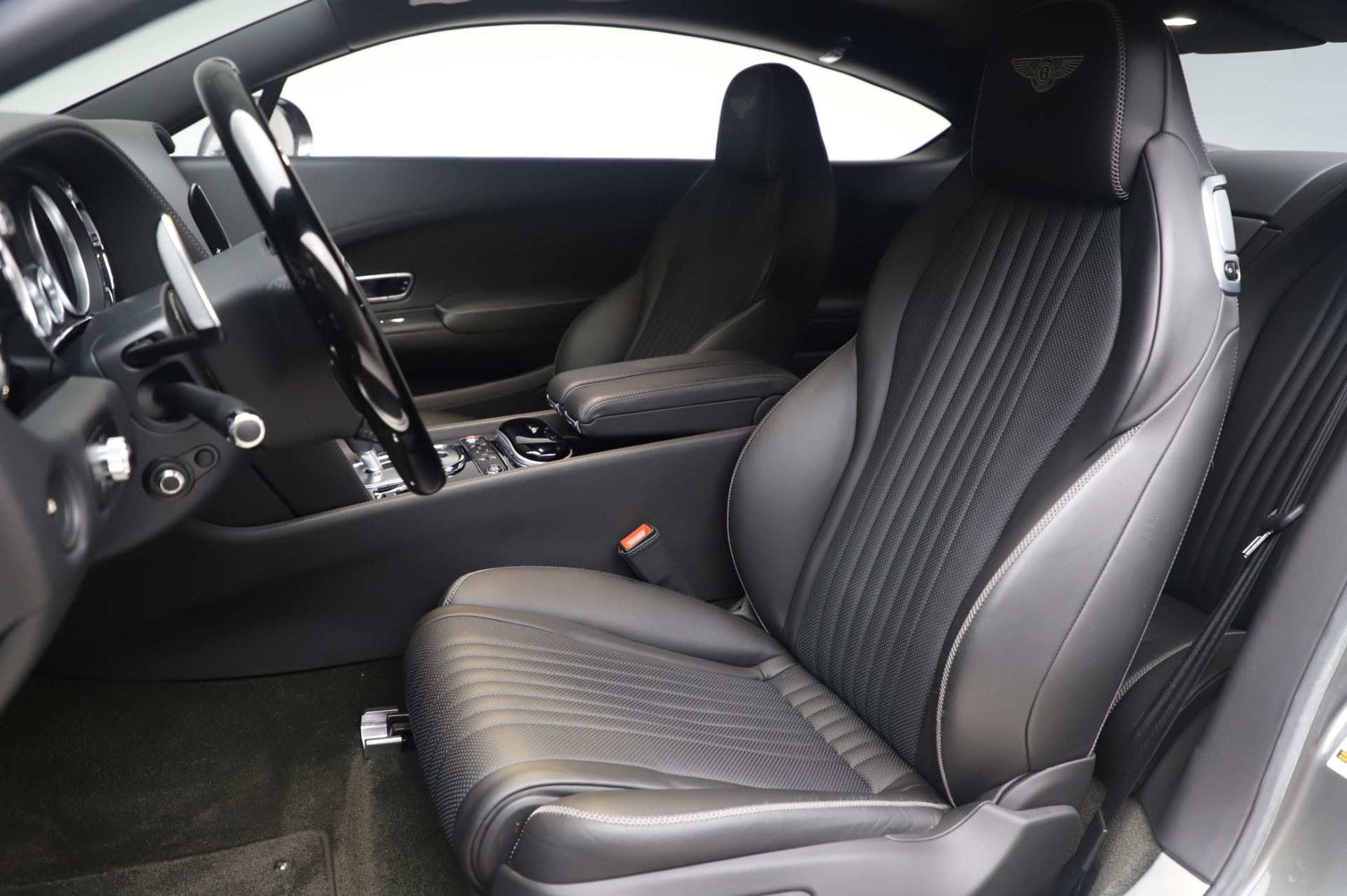 Used 2016 Bentley Continental GT W12 For Sale In Greenwich, CT. Alfa Romeo of Greenwich, 6997 28_p15
