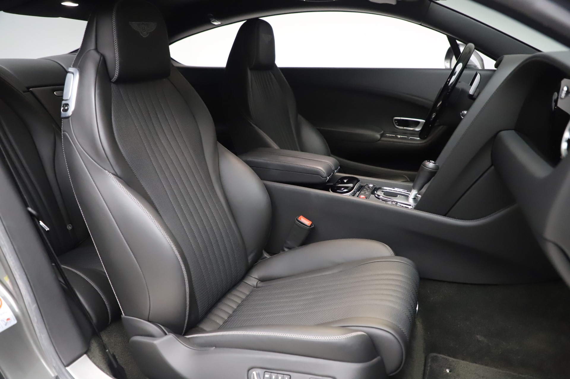 Used 2016 Bentley Continental GT W12 For Sale In Greenwich, CT. Alfa Romeo of Greenwich, 6997 28_p20