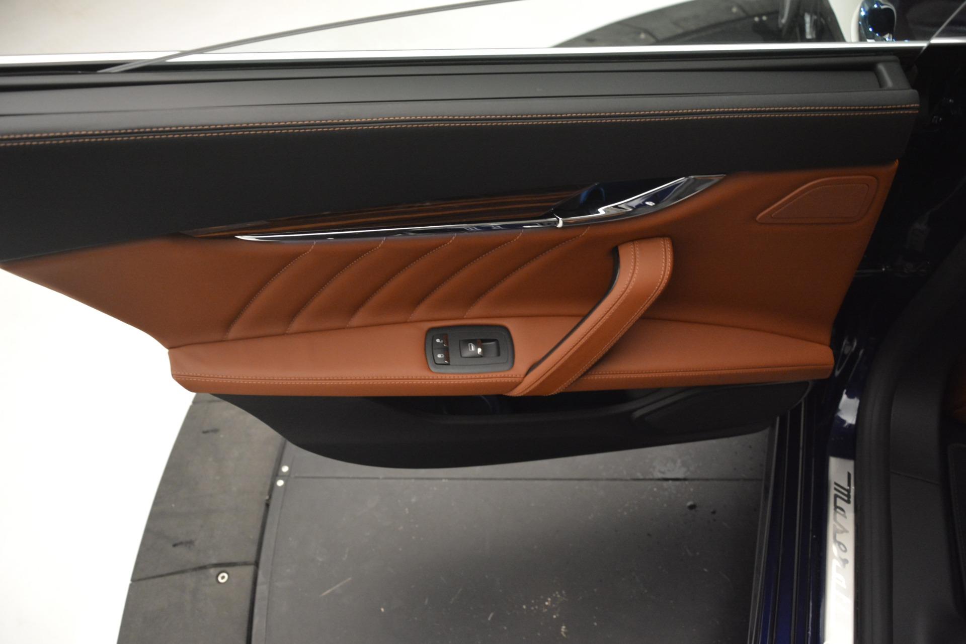 New 2019 Maserati Quattroporte S Q4 GranLusso For Sale In Greenwich, CT. Alfa Romeo of Greenwich, M2231 2803_p20