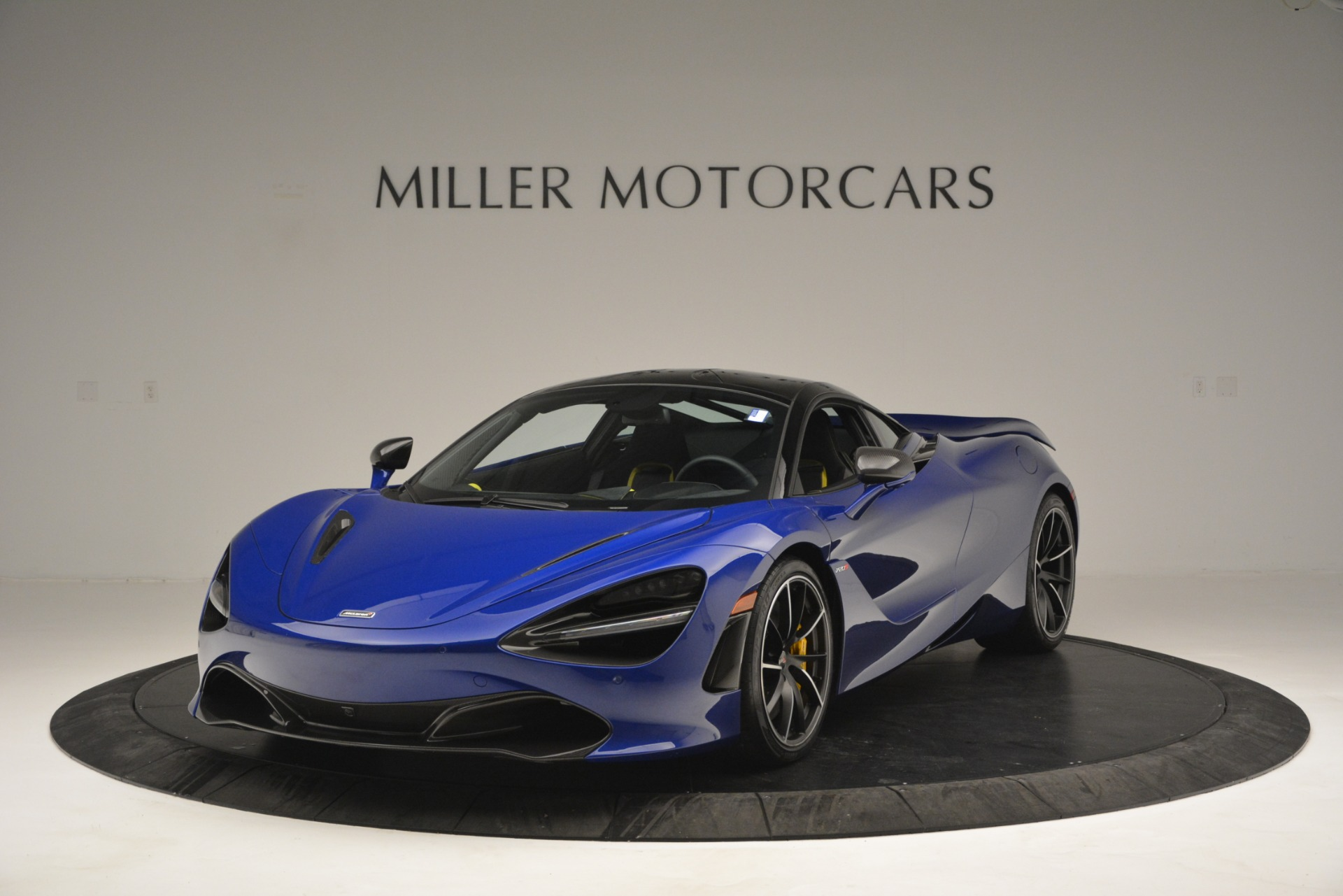 Used 2018 McLaren 720S Performance For Sale In Greenwich, CT. Alfa Romeo of Greenwich, MC403A 2804_main