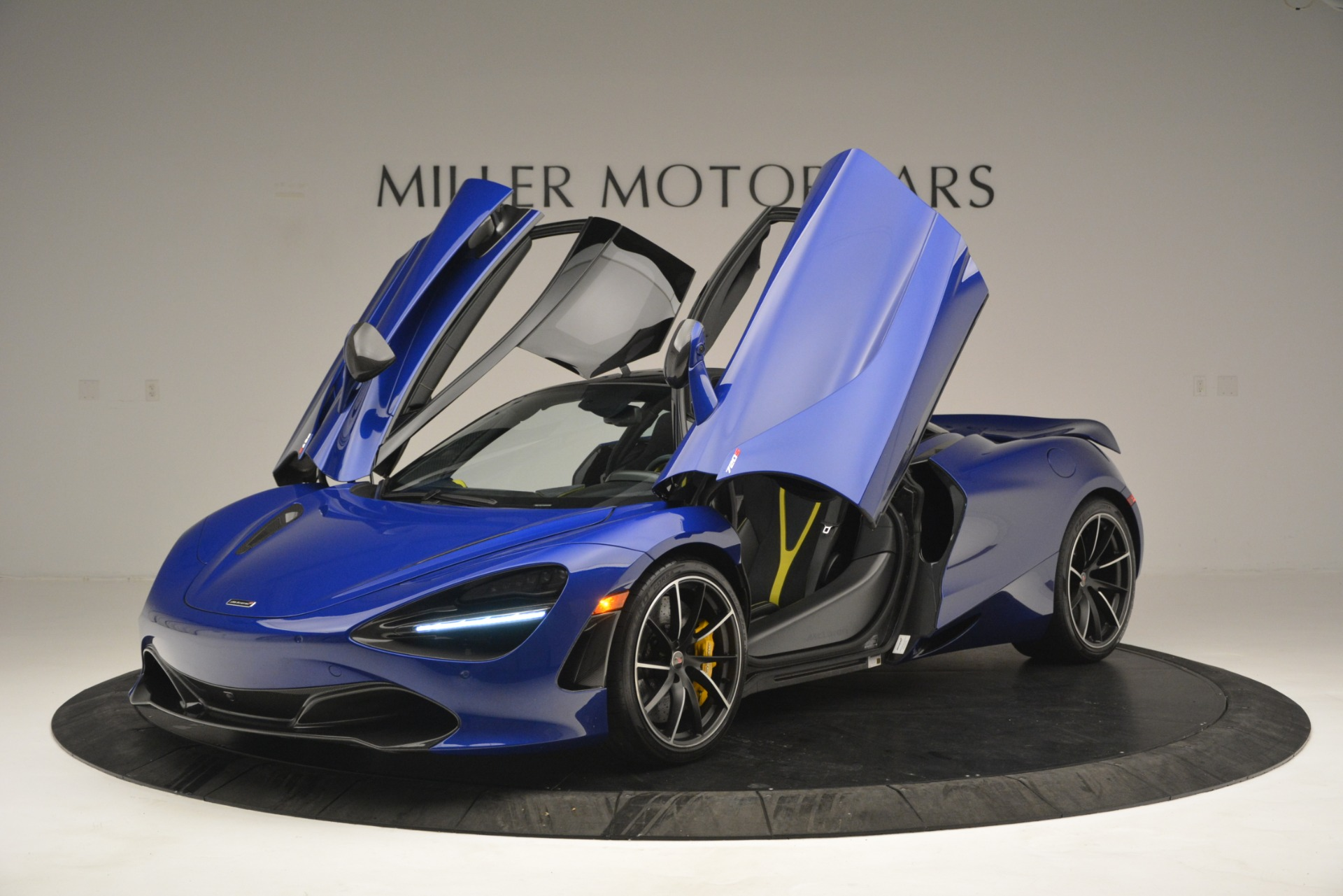 Used 2018 McLaren 720S Performance For Sale In Greenwich, CT. Alfa Romeo of Greenwich, MC403A 2804_p14