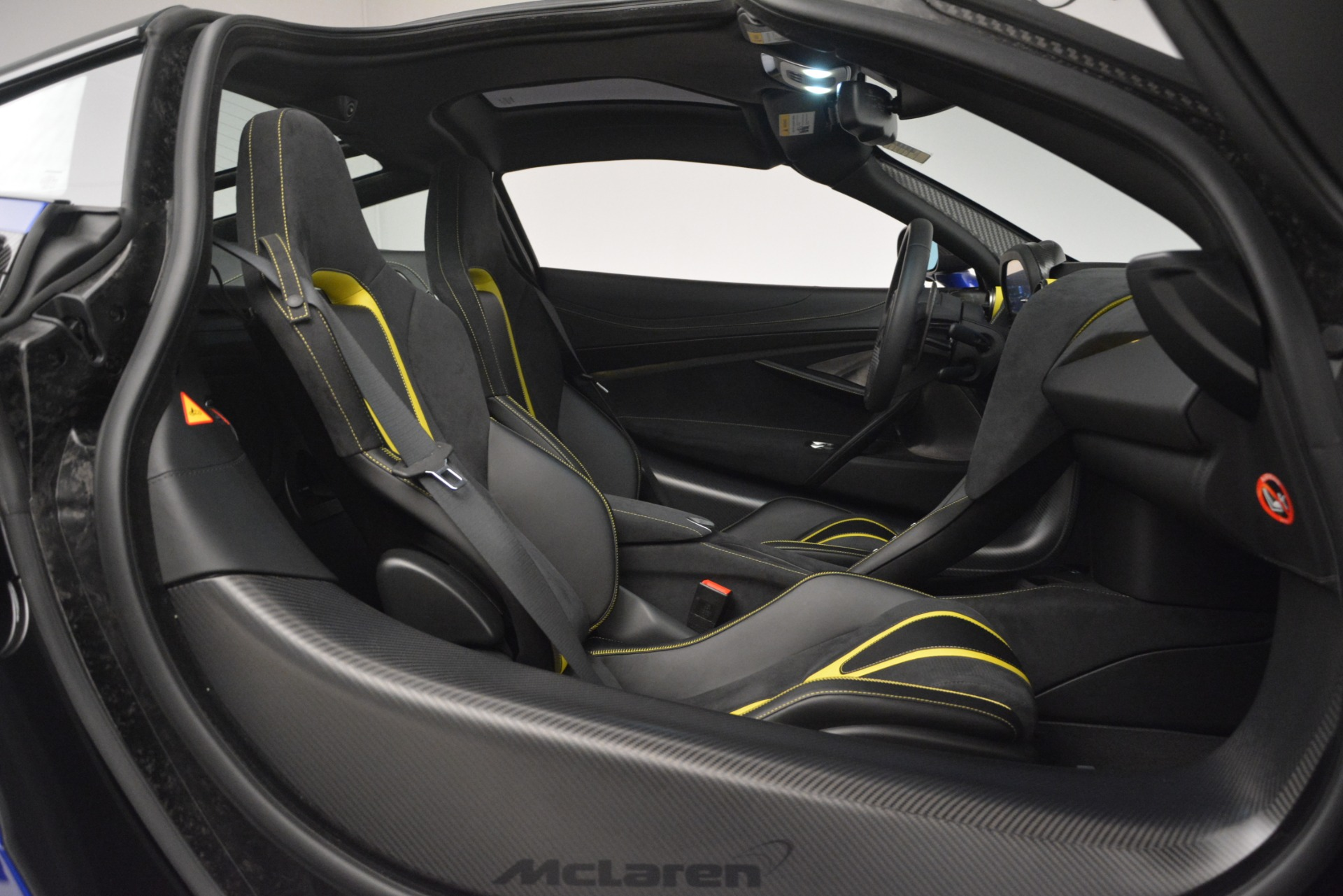 Used 2018 McLaren 720S Performance For Sale In Greenwich, CT. Alfa Romeo of Greenwich, MC403A 2804_p21