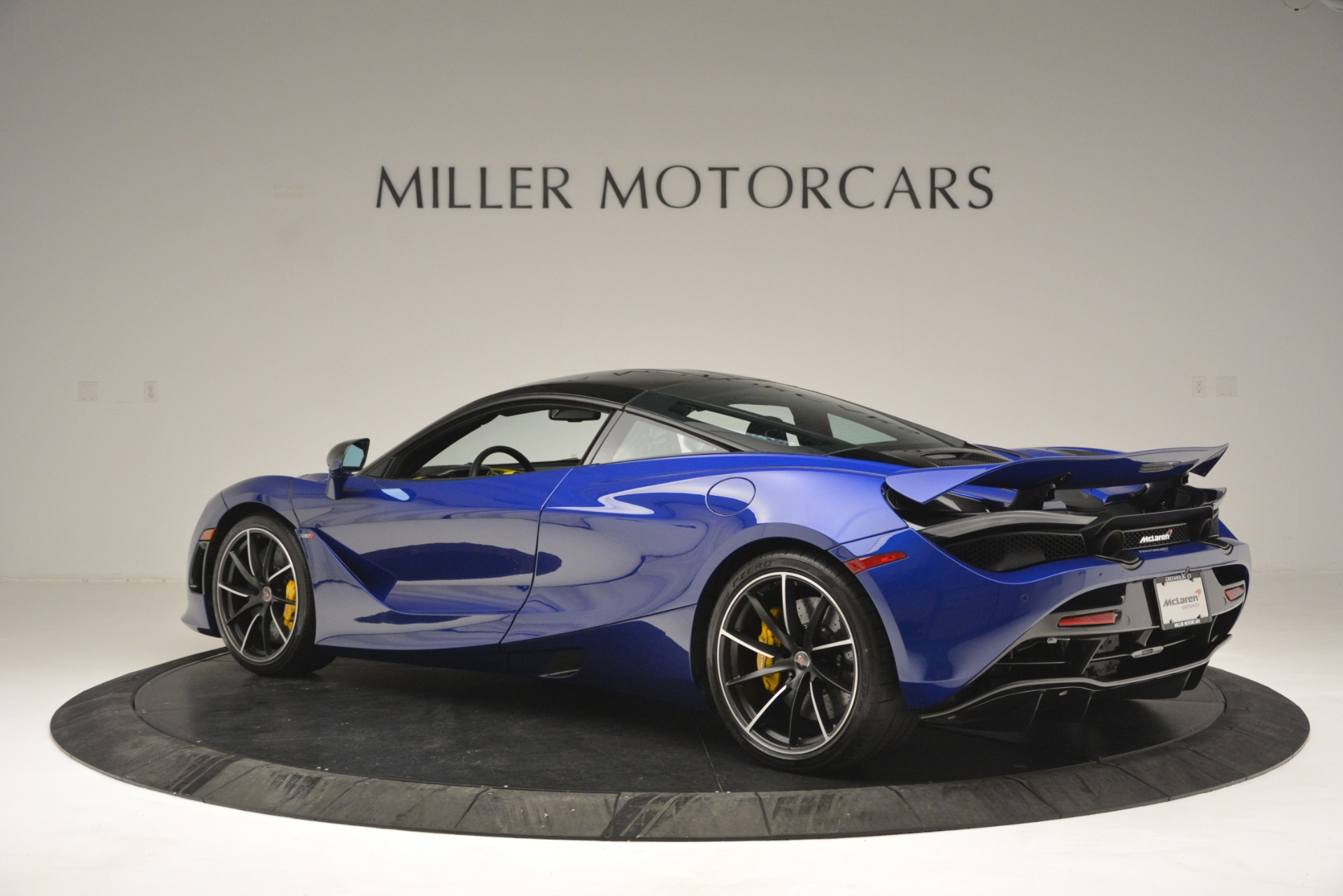 Used 2018 McLaren 720S Performance For Sale In Greenwich, CT. Alfa Romeo of Greenwich, MC403A 2804_p4