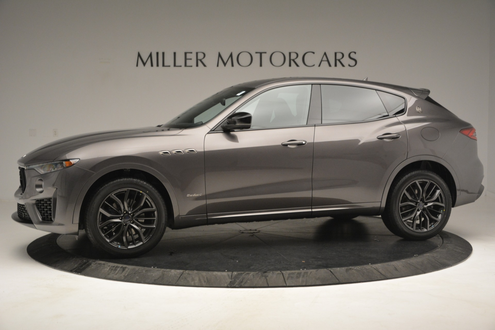 New 2019 Maserati Levante Q4 GranSport For Sale In Greenwich, CT. Alfa Romeo of Greenwich, M2248 2807_p4