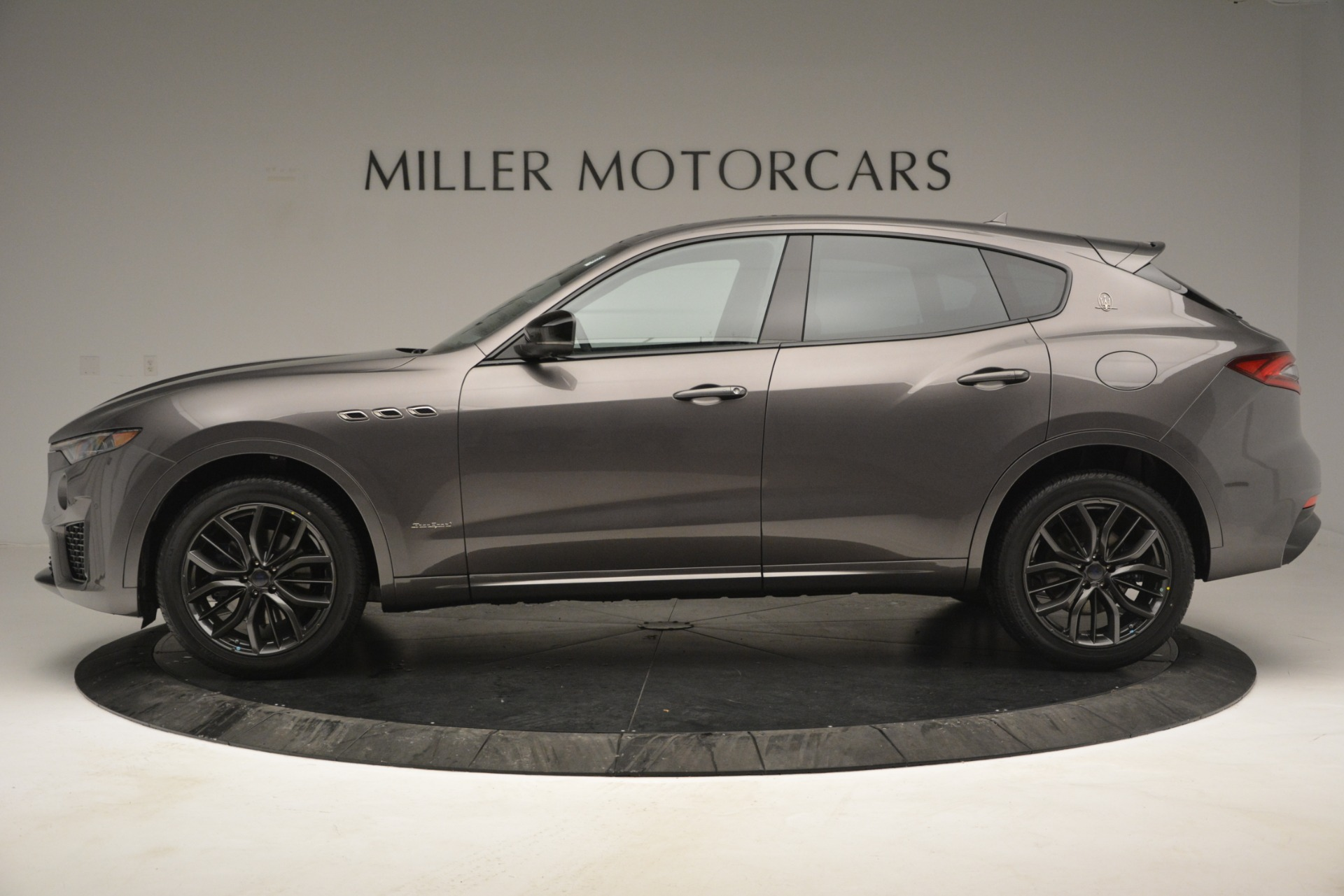 New 2019 Maserati Levante Q4 GranSport For Sale In Greenwich, CT. Alfa Romeo of Greenwich, M2248 2807_p5