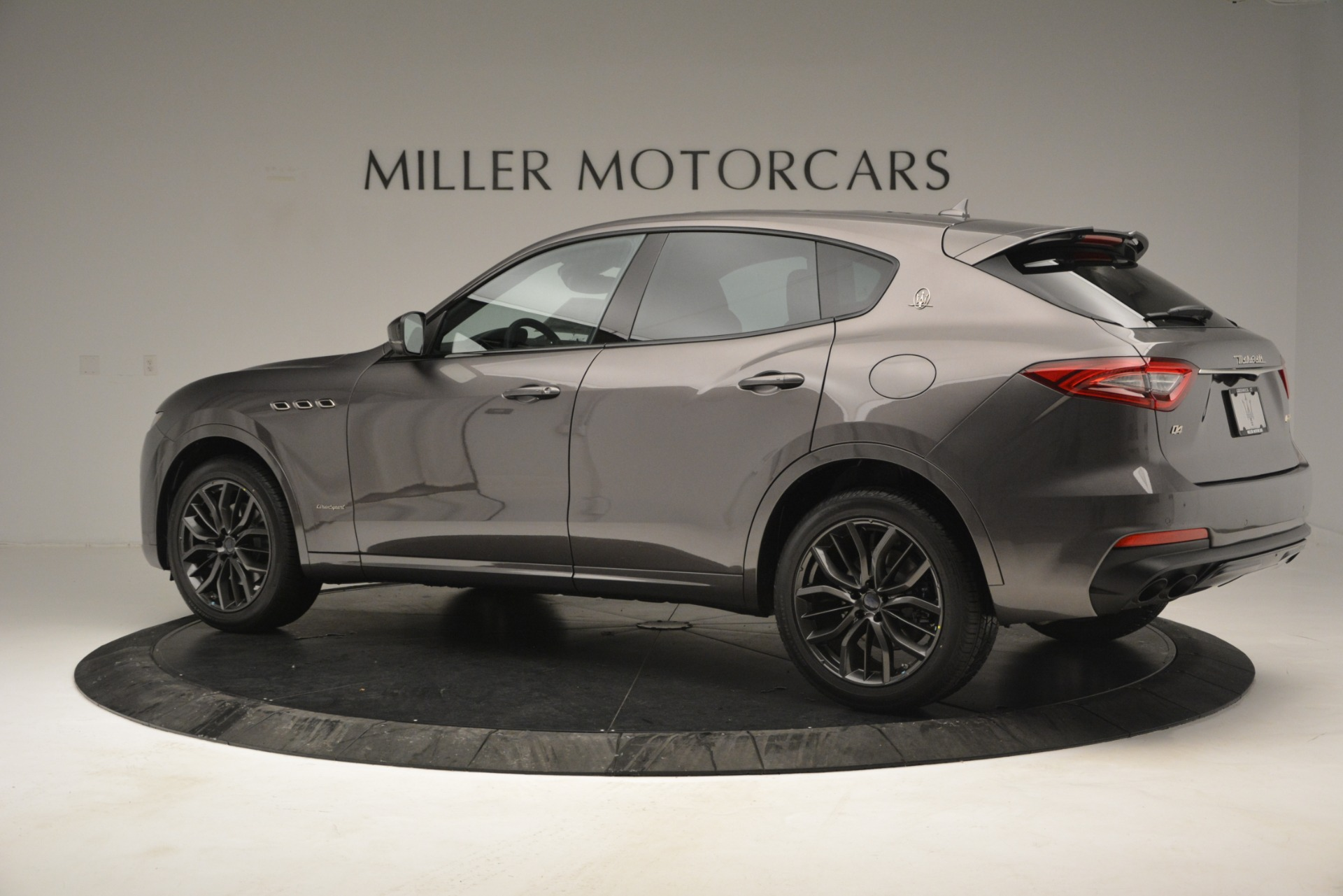 New 2019 Maserati Levante Q4 GranSport For Sale In Greenwich, CT. Alfa Romeo of Greenwich, M2248 2807_p7