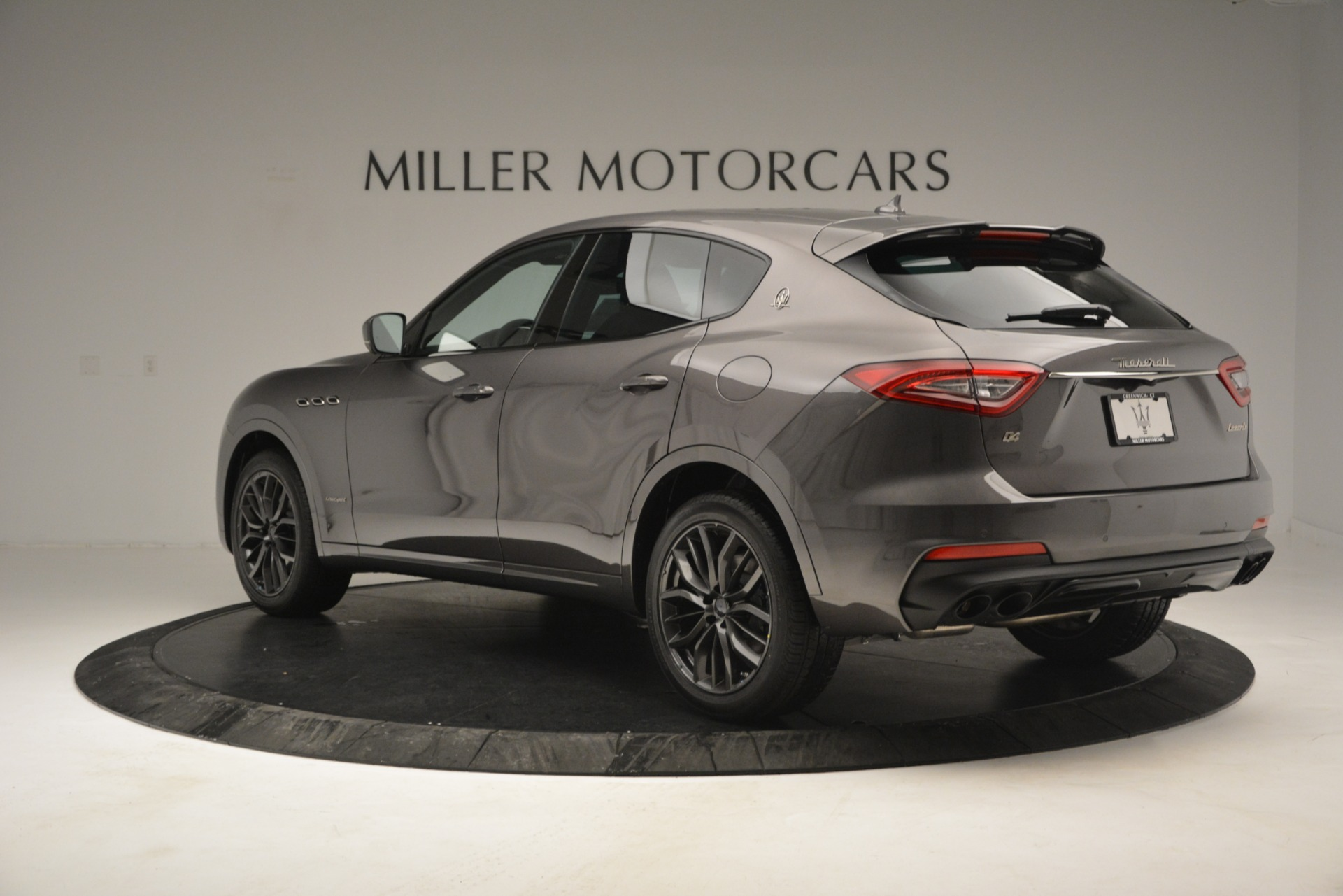 New 2019 Maserati Levante Q4 GranSport For Sale In Greenwich, CT. Alfa Romeo of Greenwich, M2248 2807_p8