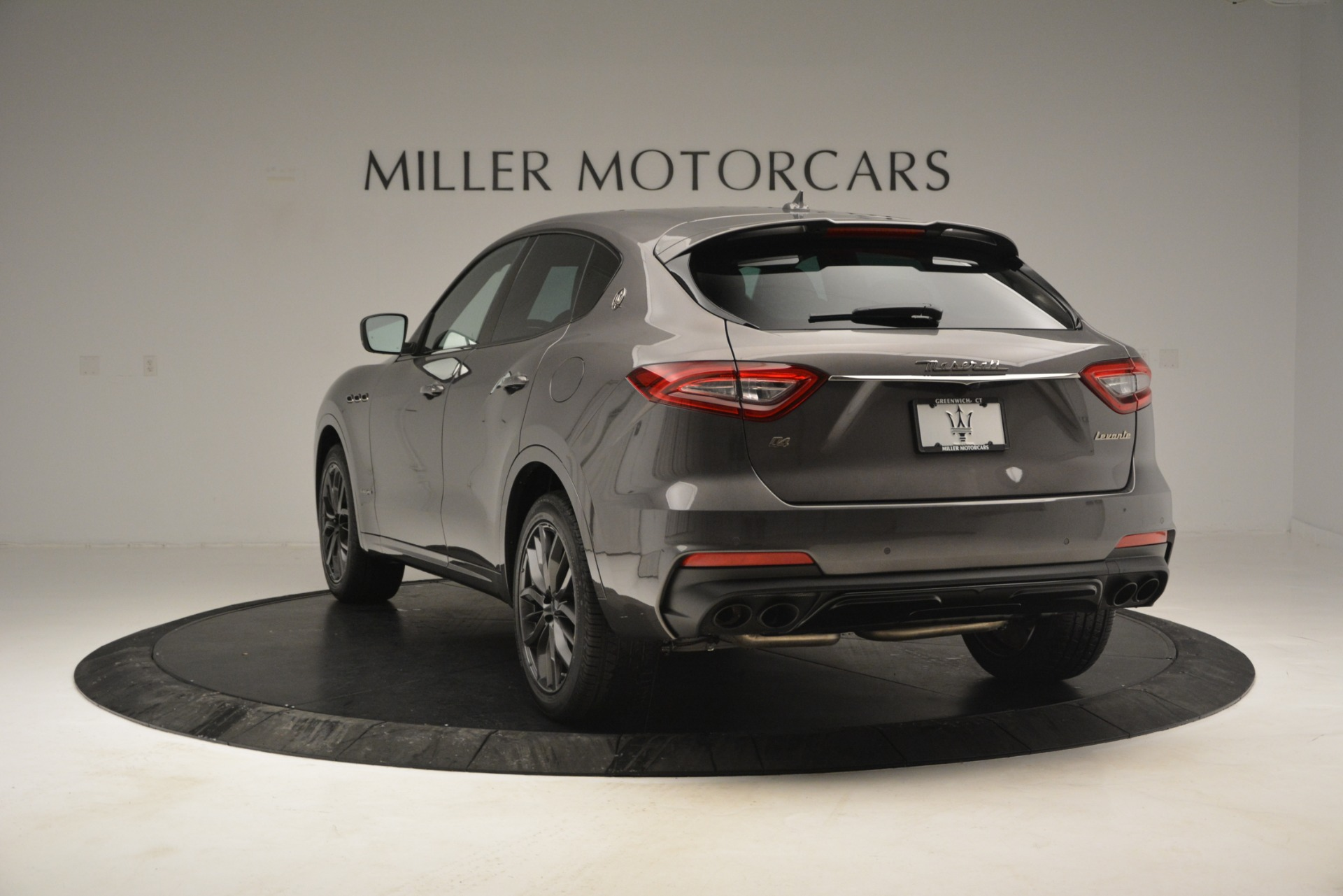 New 2019 Maserati Levante Q4 GranSport For Sale In Greenwich, CT. Alfa Romeo of Greenwich, M2248 2807_p9