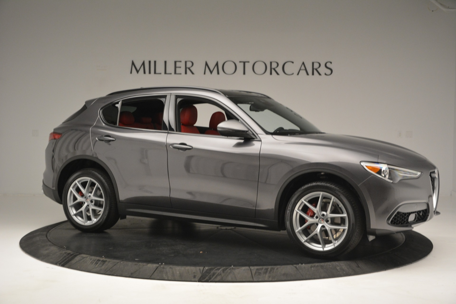 New 2019 Alfa Romeo Stelvio Sport Q4 For Sale In Greenwich, CT. Alfa Romeo of Greenwich, L518 2809_p10