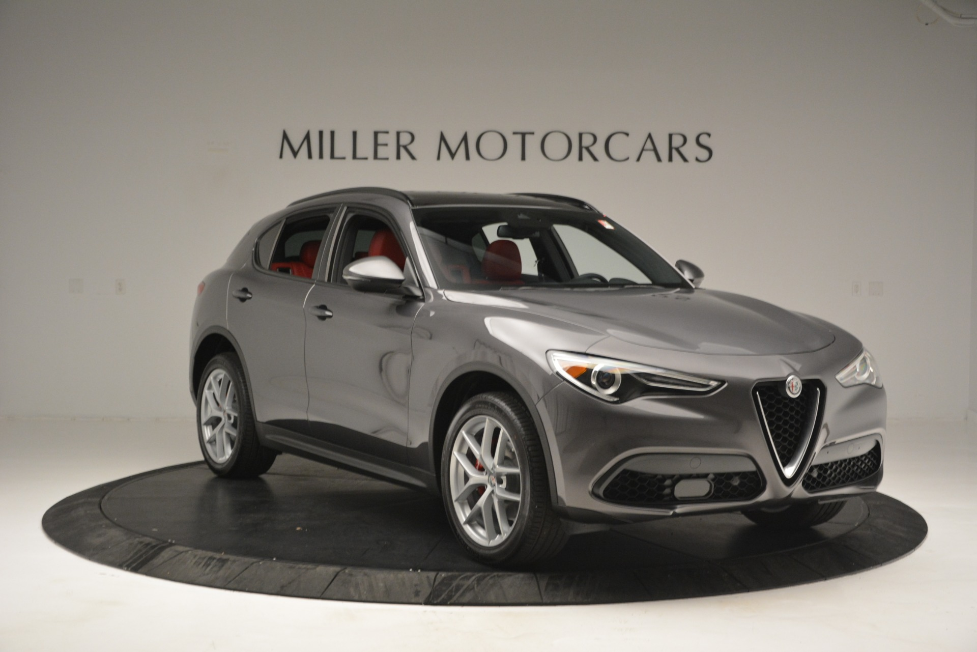 New 2019 Alfa Romeo Stelvio Sport Q4 For Sale In Greenwich, CT. Alfa Romeo of Greenwich, L518 2809_p11