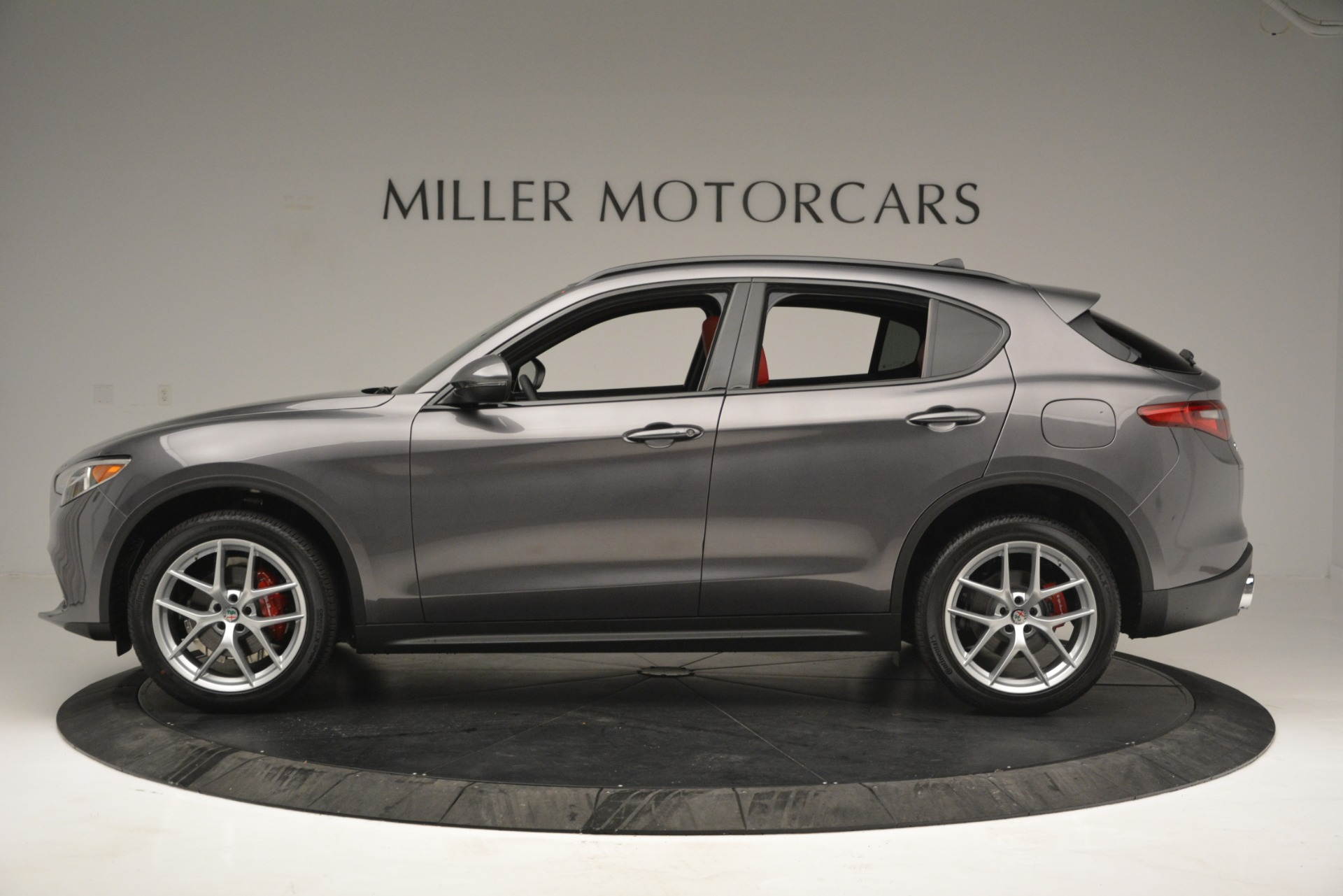 New 2019 Alfa Romeo Stelvio Sport Q4 For Sale In Greenwich, CT. Alfa Romeo of Greenwich, L518 2809_p3
