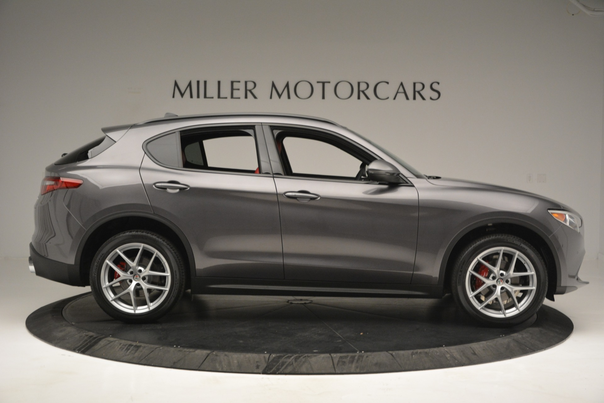 New 2019 Alfa Romeo Stelvio Sport Q4 For Sale In Greenwich, CT. Alfa Romeo of Greenwich, L518 2809_p9