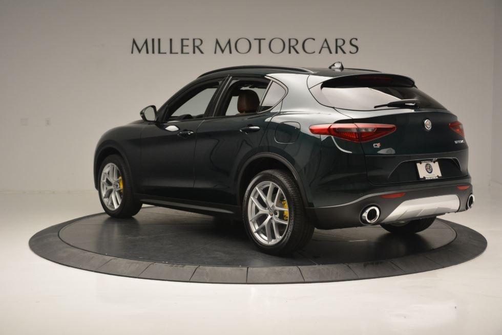 New 2019 Alfa Romeo Stelvio Sport Q4 For Sale In Greenwich, CT. Alfa Romeo of Greenwich, L520 2811_p6
